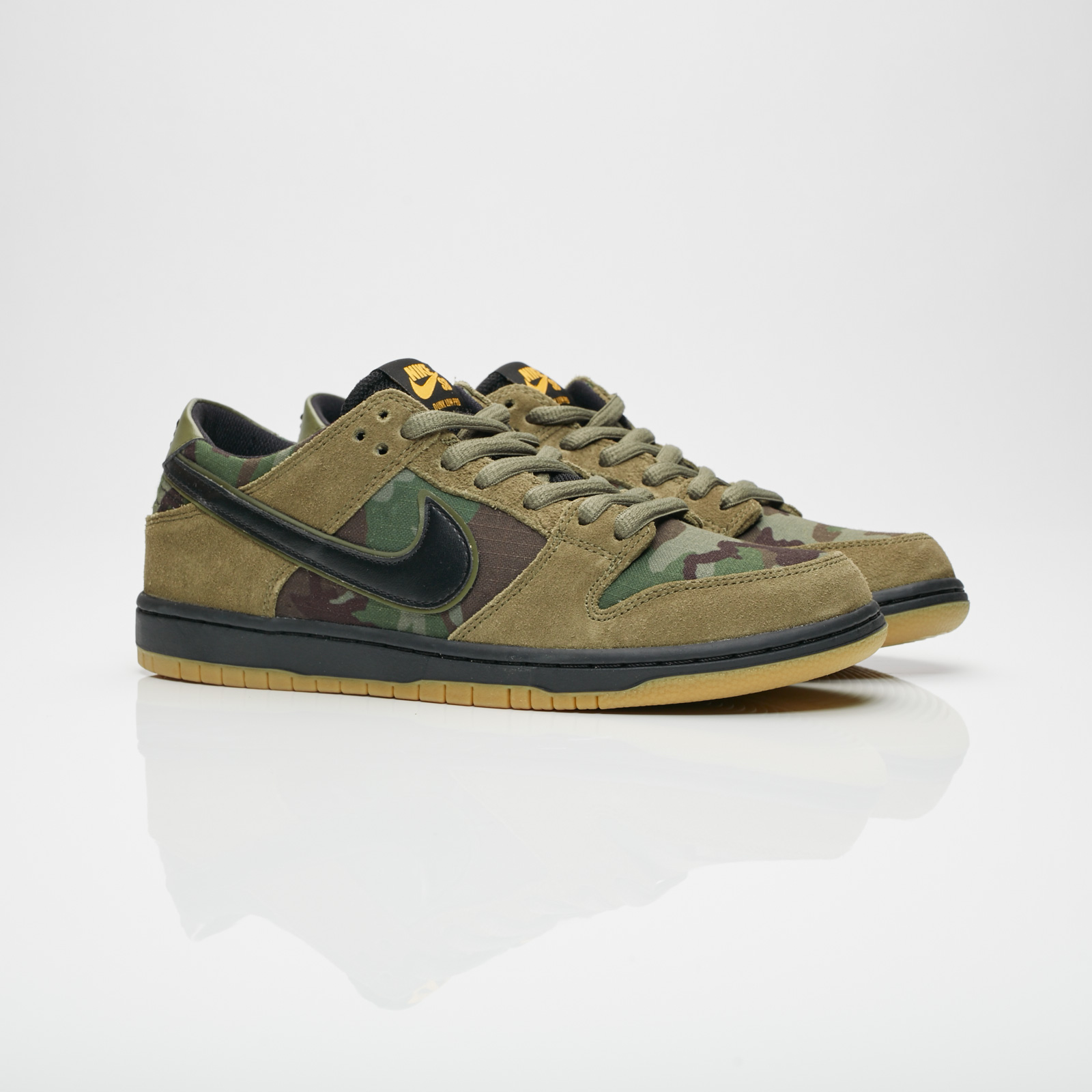 4cbd30a00e6 Nike Zoom Dunk Low Pro - 854866-209 - Sneakersnstuff