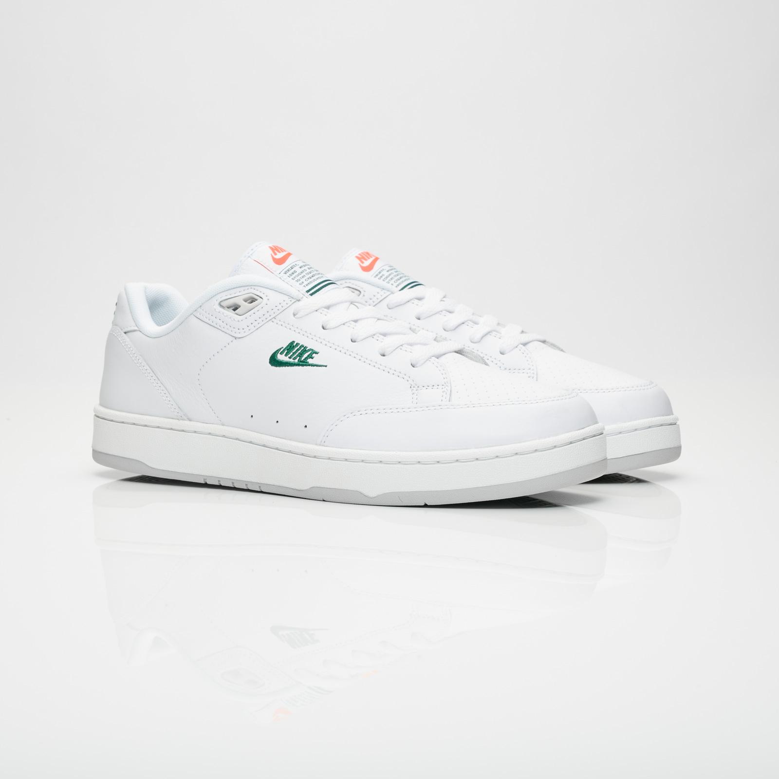 wholesale dealer 26426 d222b Nike Sportswear Grandstand II Premium