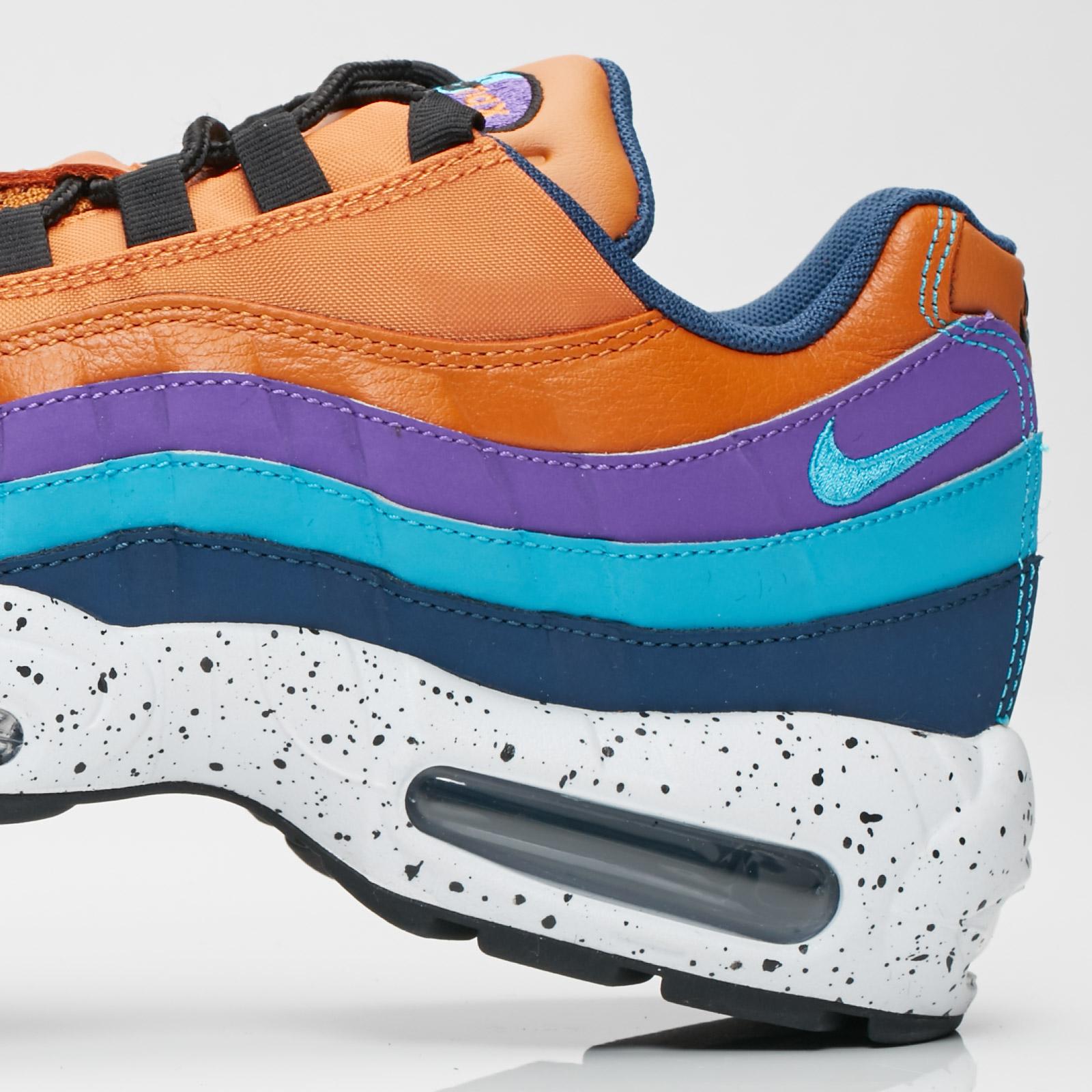 buy popular 5aba1 97558 Nike Air Max 95 Premium - 538416-800 - Sneakersnstuff ...
