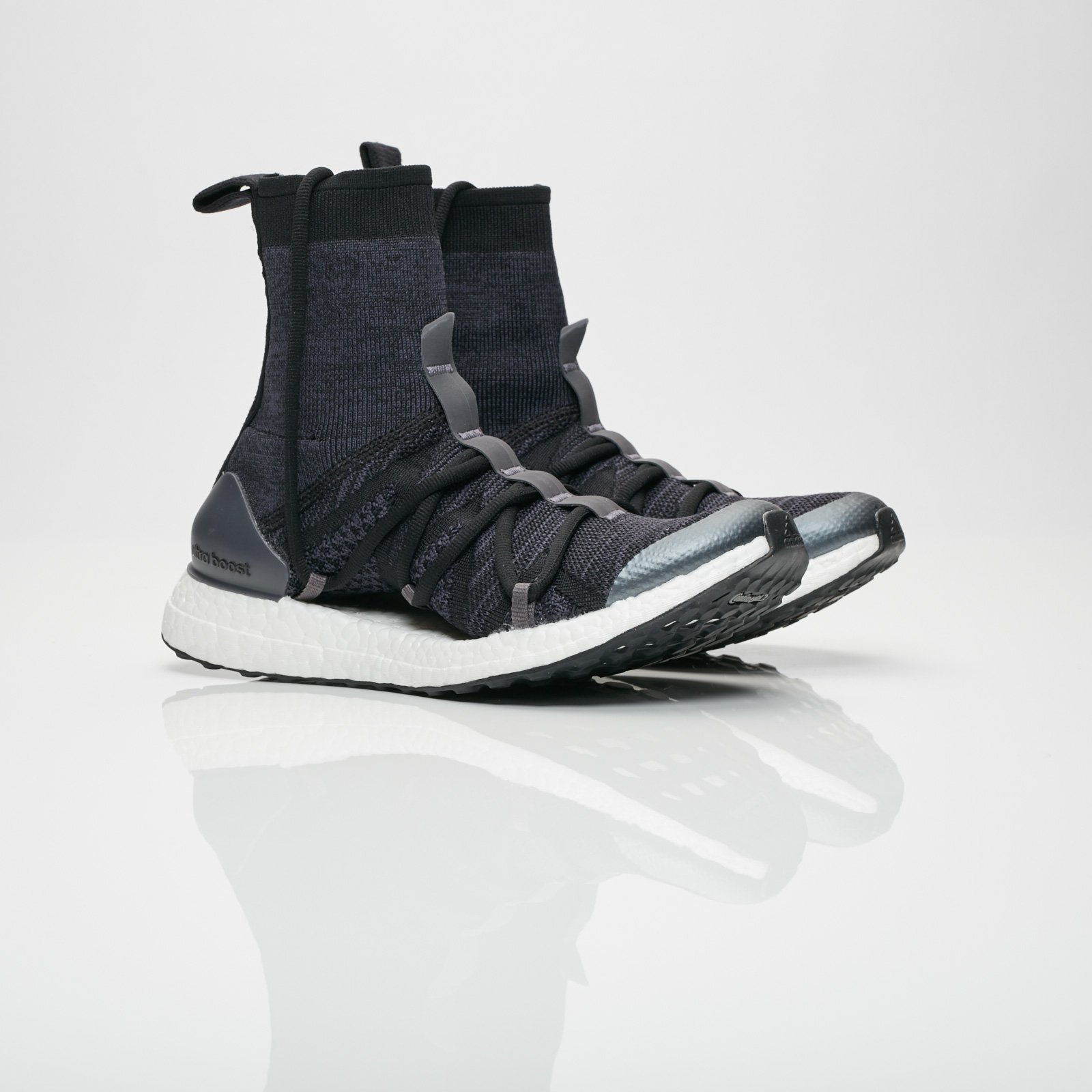 adidas x Stella McCartney Ultraboost X Mid Core Black Night