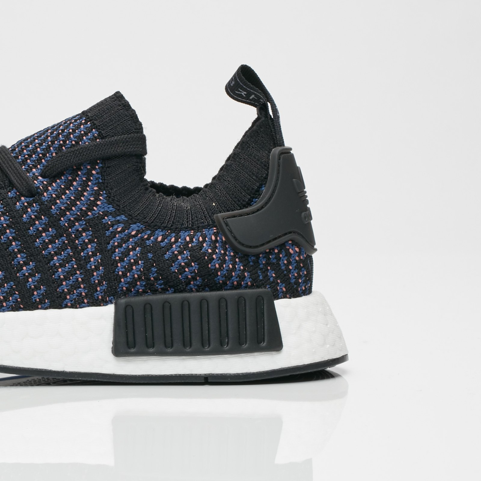 the best attitude c45a4 954e1 ... adidas Originals NMD R1 STLT PK W