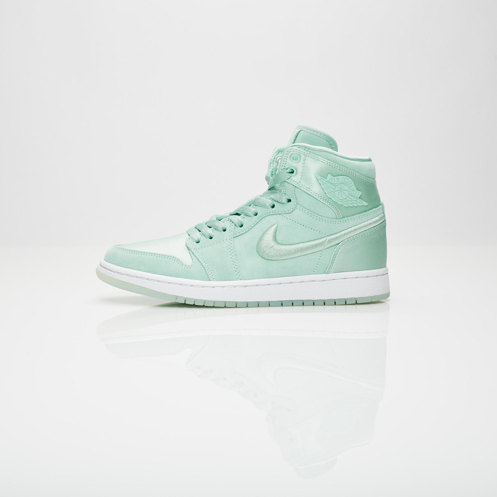 8b0b06700bb391 Jordan Brand Wmns Air Jordan 1 Retro High SOH - Ao1847-345 - Sneakersnstuff