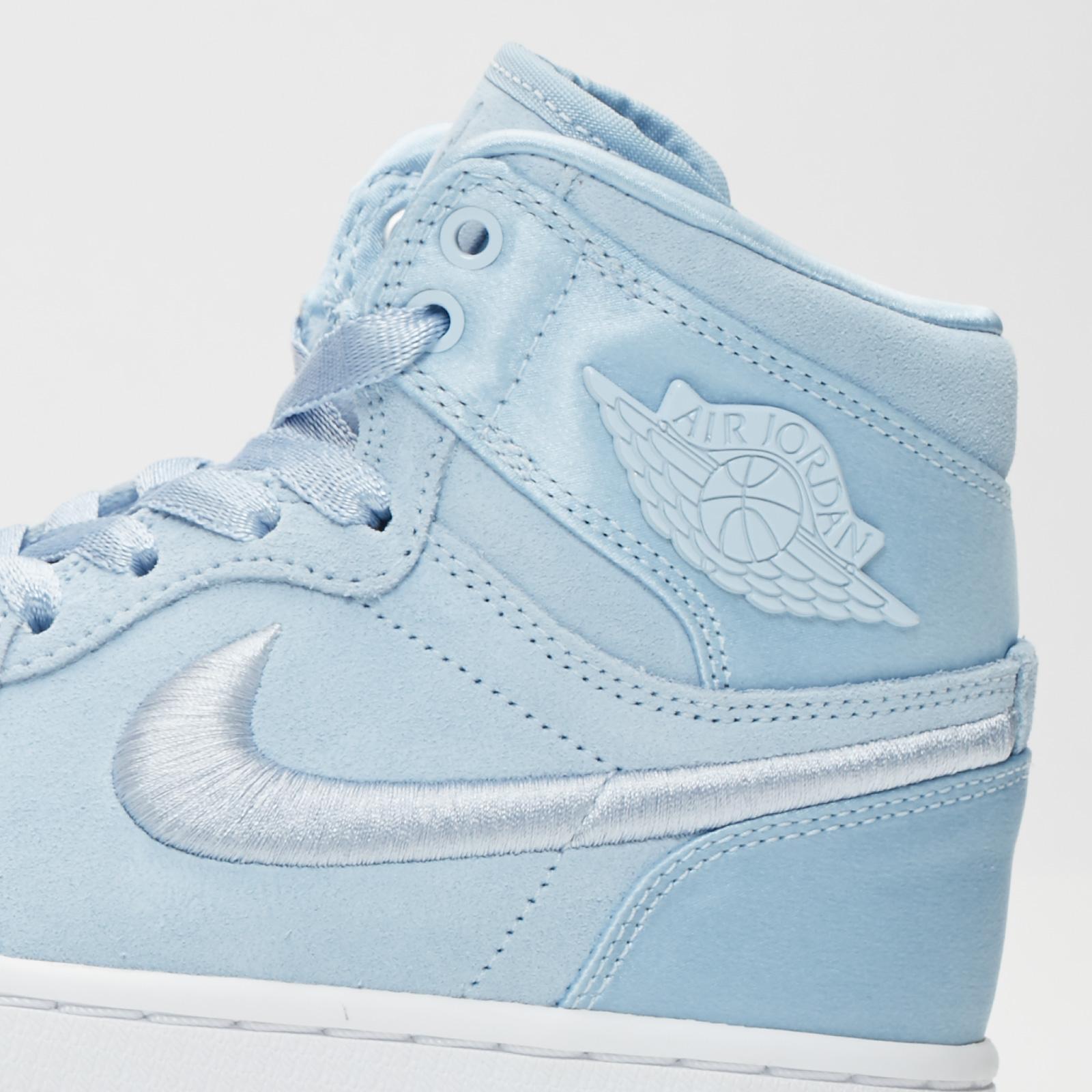 air jordan 1 bleu pastel