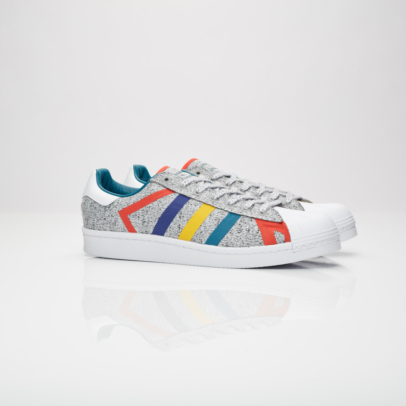 brand new 93d59 448be adidas Superstar by White Mountaineering - Aq0352 ...