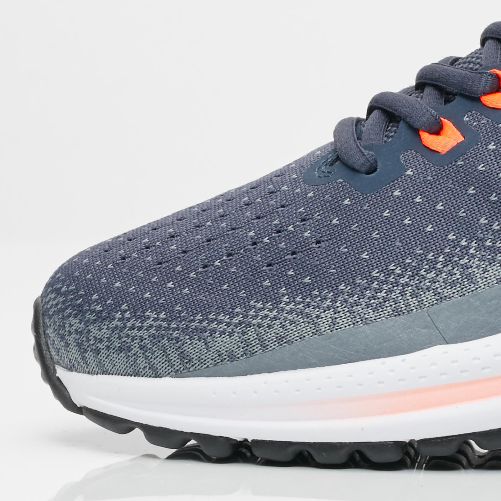 fd134043f223f Nike Air Zoom Vomero 13 - 922908-400 - Sneakersnstuff