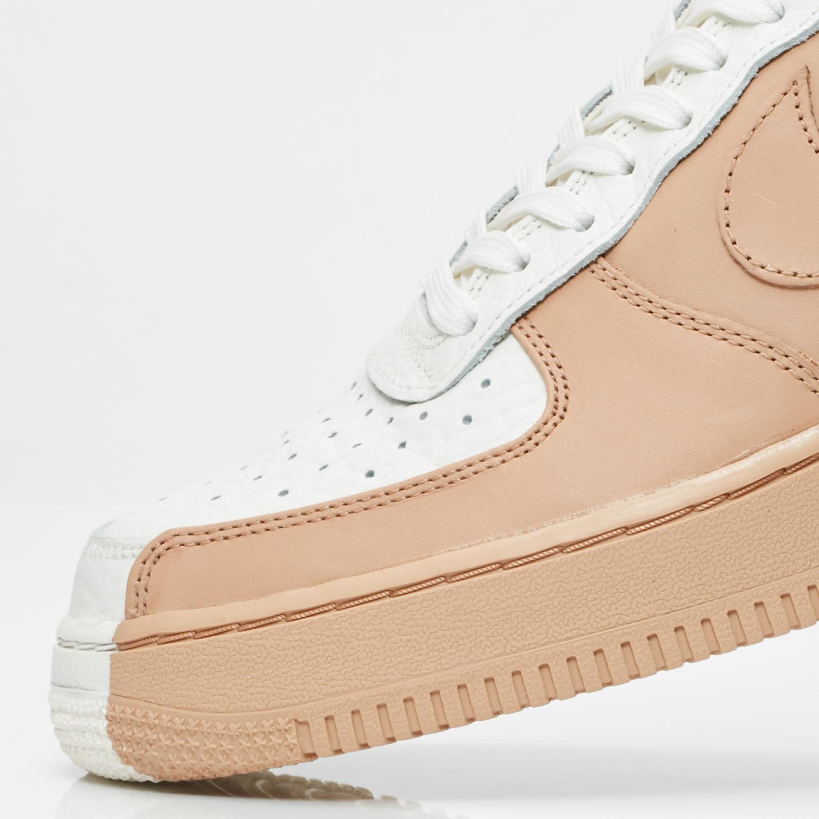 huge selection of e1c88 bc639 Nike Sportswear Air Force 1 07 Premium - 6. Close