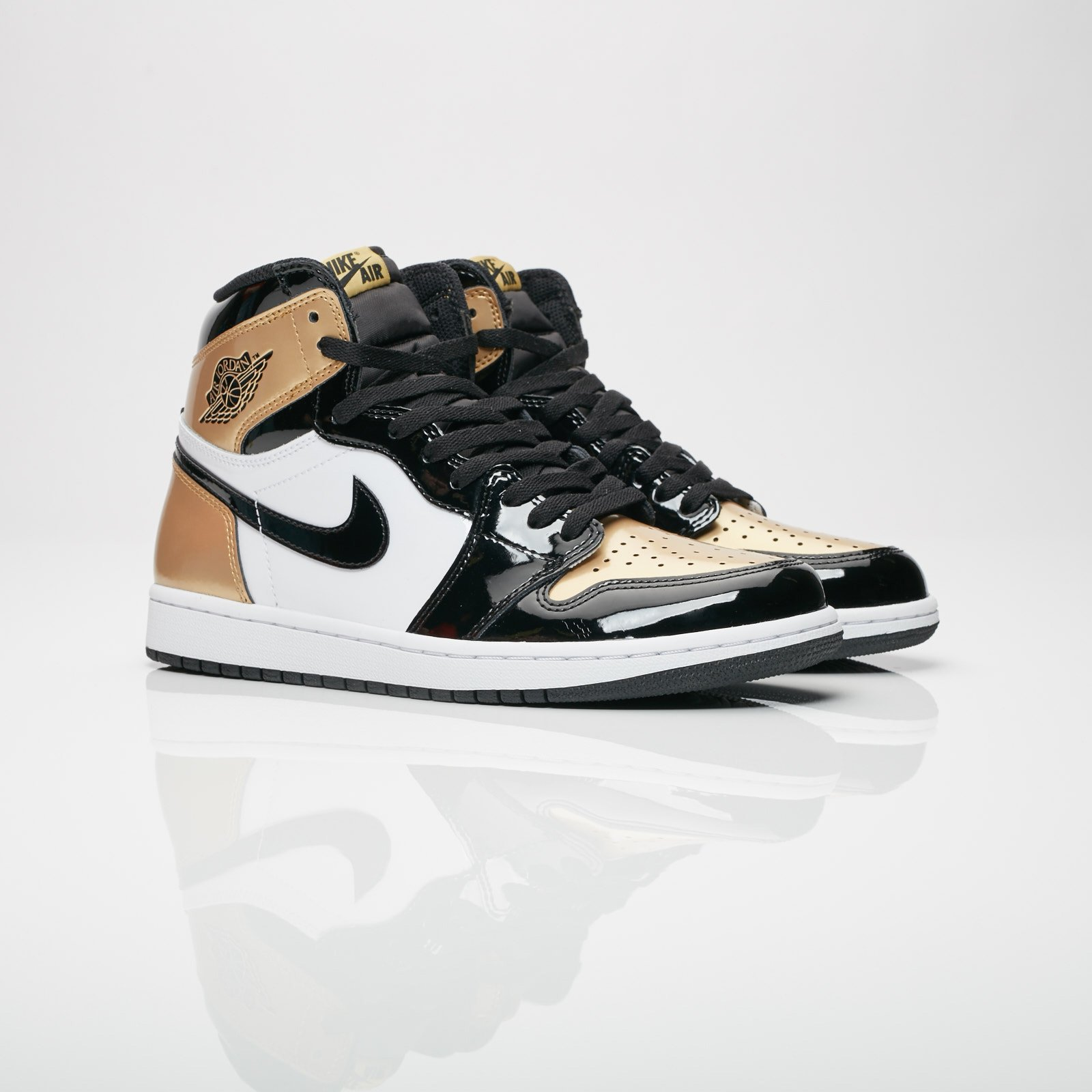 7e041feec23f Jordan Brand Air Jordan 1 Retro High OG NRG - 861428-007 ...