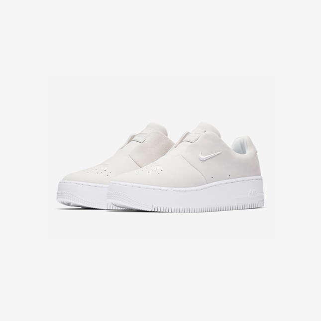 4c7545df80e Nike Wmns Air Force 1 Sage XX THE 1