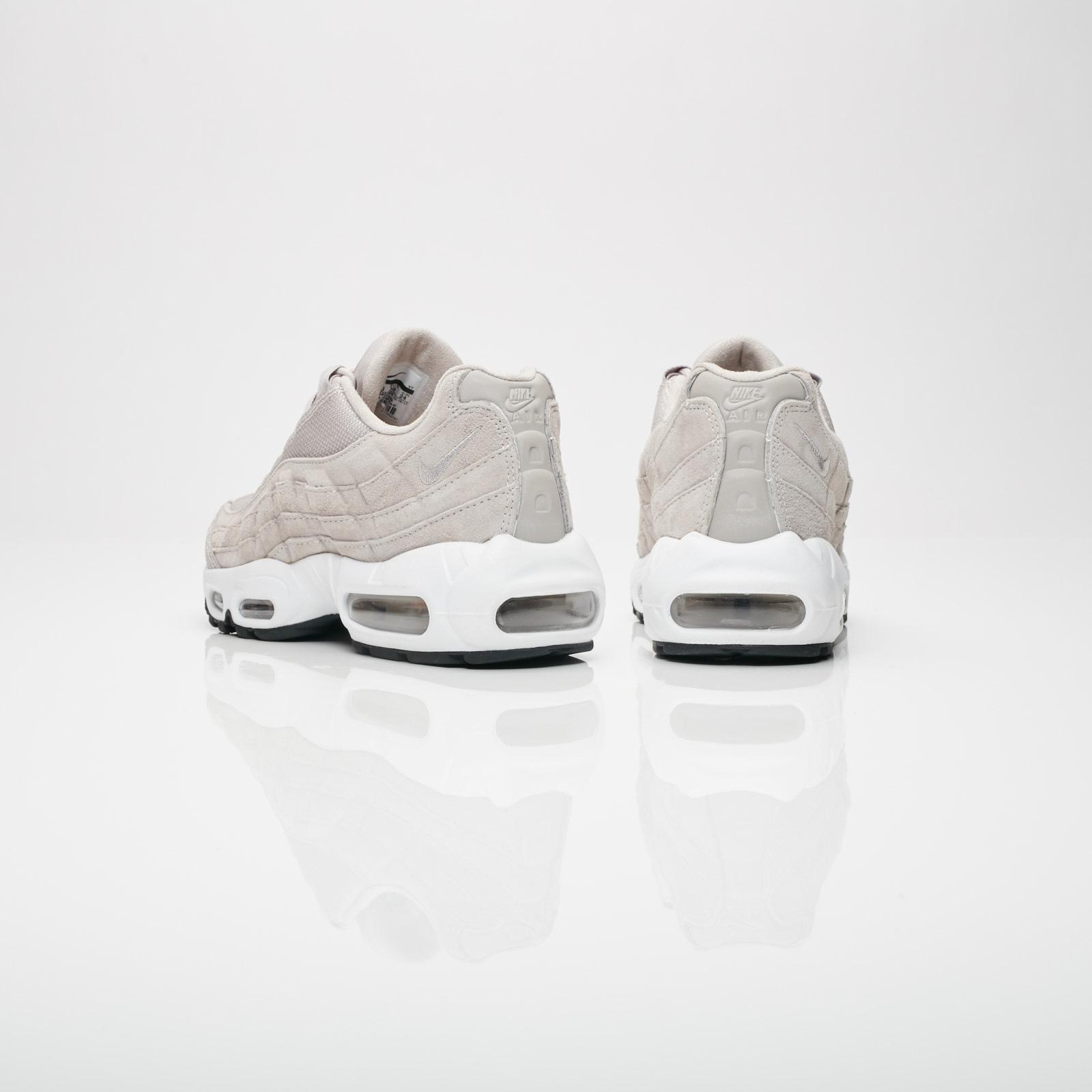 best sneakers 52903 b042d Nike Wmns Air Max 95 PRM - 807443-200 - Sneakersnstuff   sneakers    streetwear på nätet sen 1999