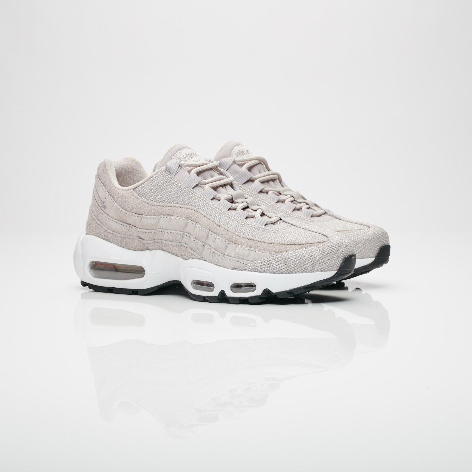 Matemático progresivo Cumplimiento a  Nike Wmns Air Max 95 PRM - 807443-200 - Sneakersnstuff I Sneakers &  Streetwear online seit 1999