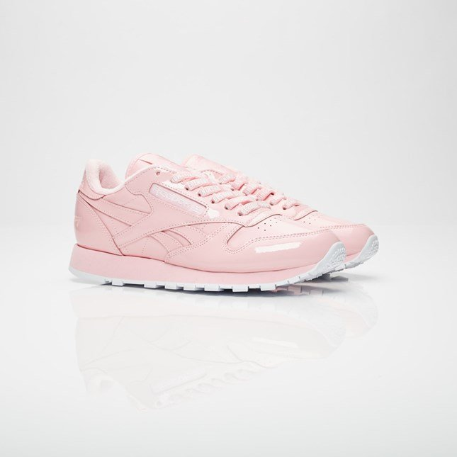 Opening Ceremony Pink Reebok Edition CL Leather Sneakers ODHxVEDwb