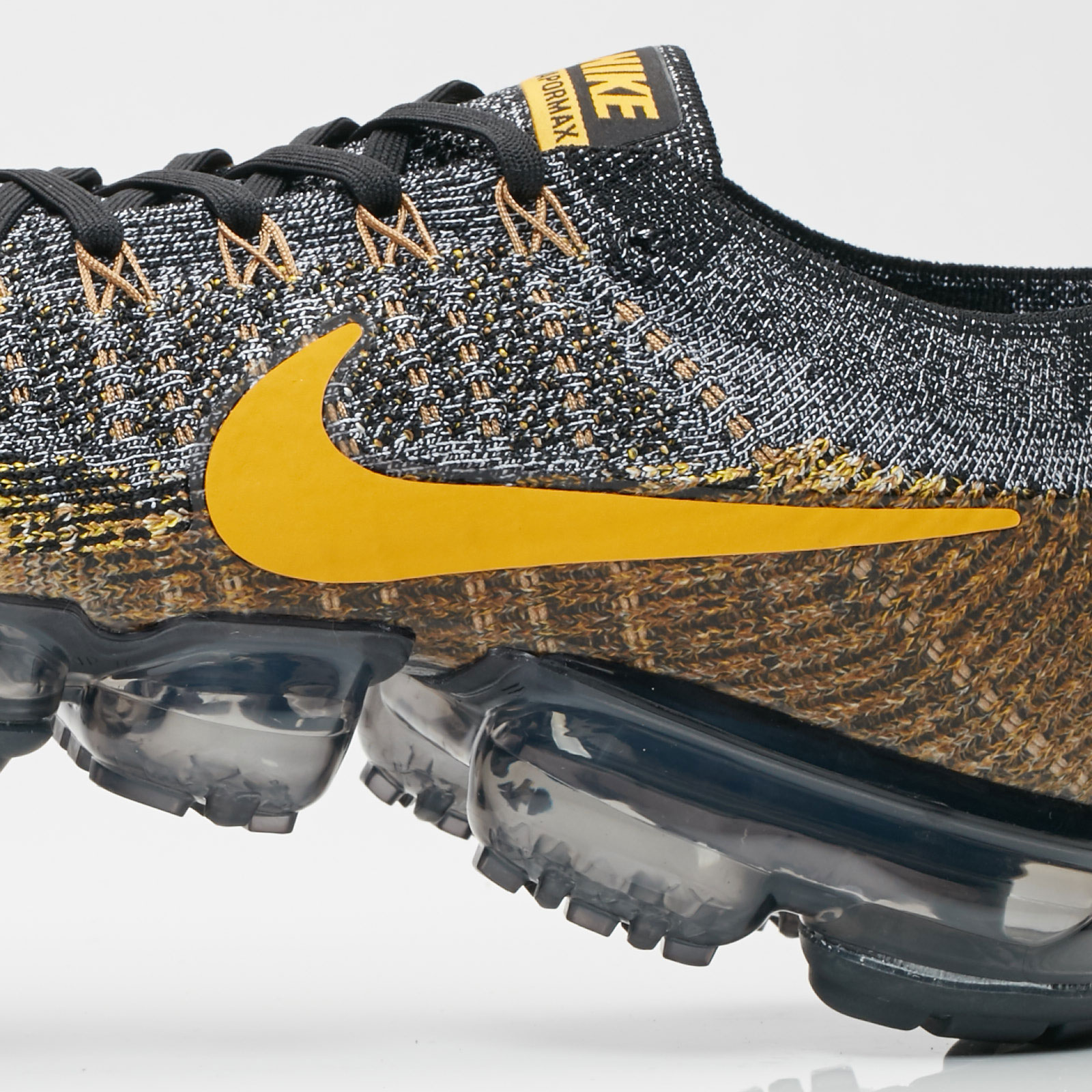 5fb055a902dc0 Nike Air Vapormax Flyknit - 849558-021 - Sneakersnstuff