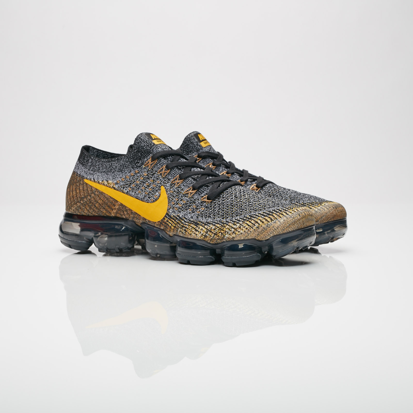Nike Air Vapormax Flyknit - 849558-021