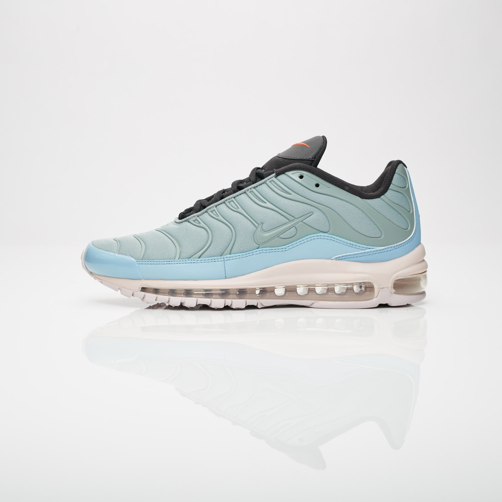 online store 443ab f683a Nike Air Max 97 / Plus - Ah8144-300 - Sneakersnstuff I Sneakers &  Streetwear online seit 1999