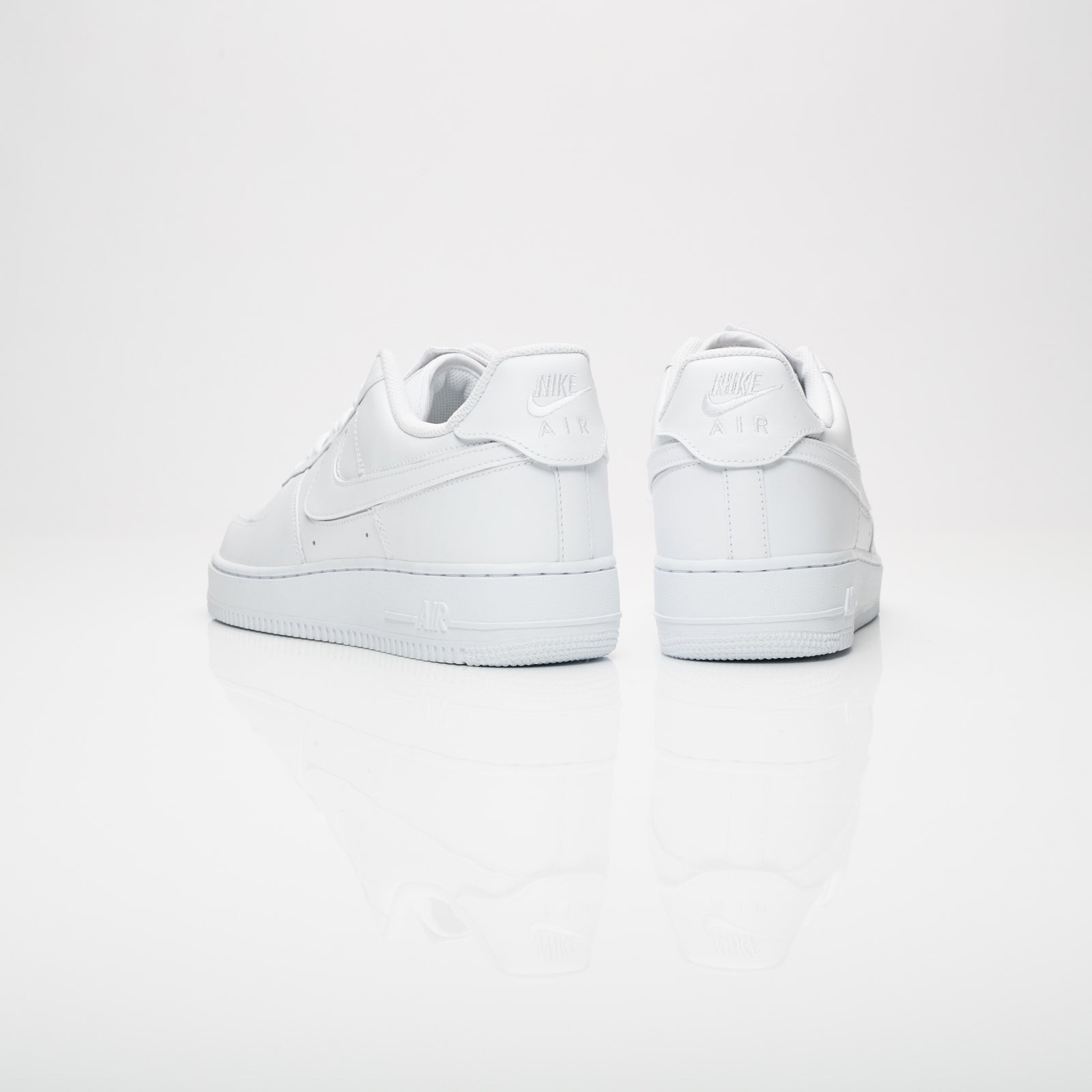 new product e8009 4f29e ... Nike Sportswear Air Force 1 07 QS ...
