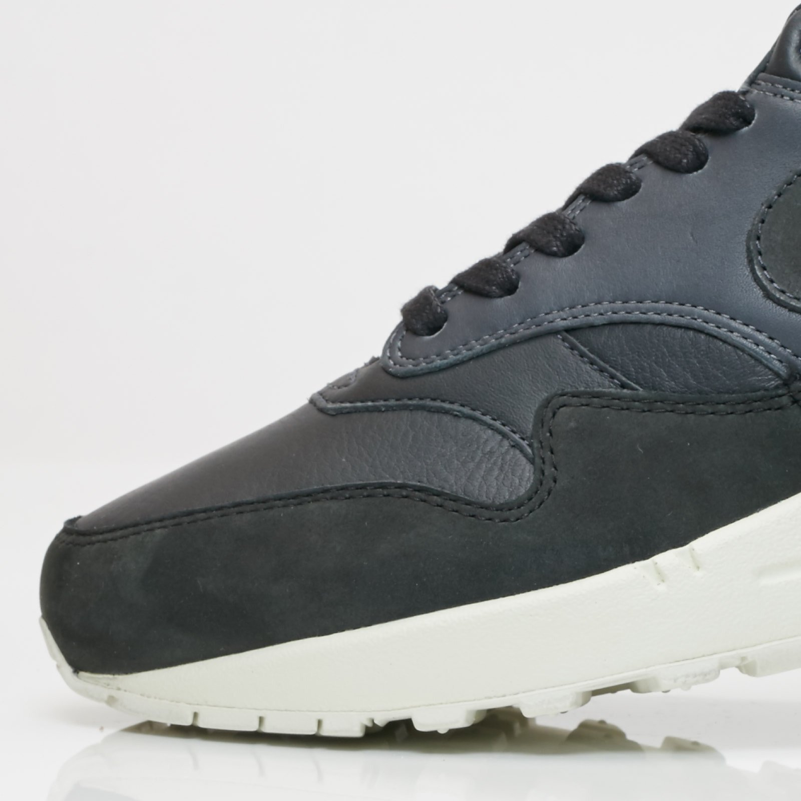 Nike Air Max 1 Pinnacle - 859554-004 - Sneakersnstuff  471641ac9