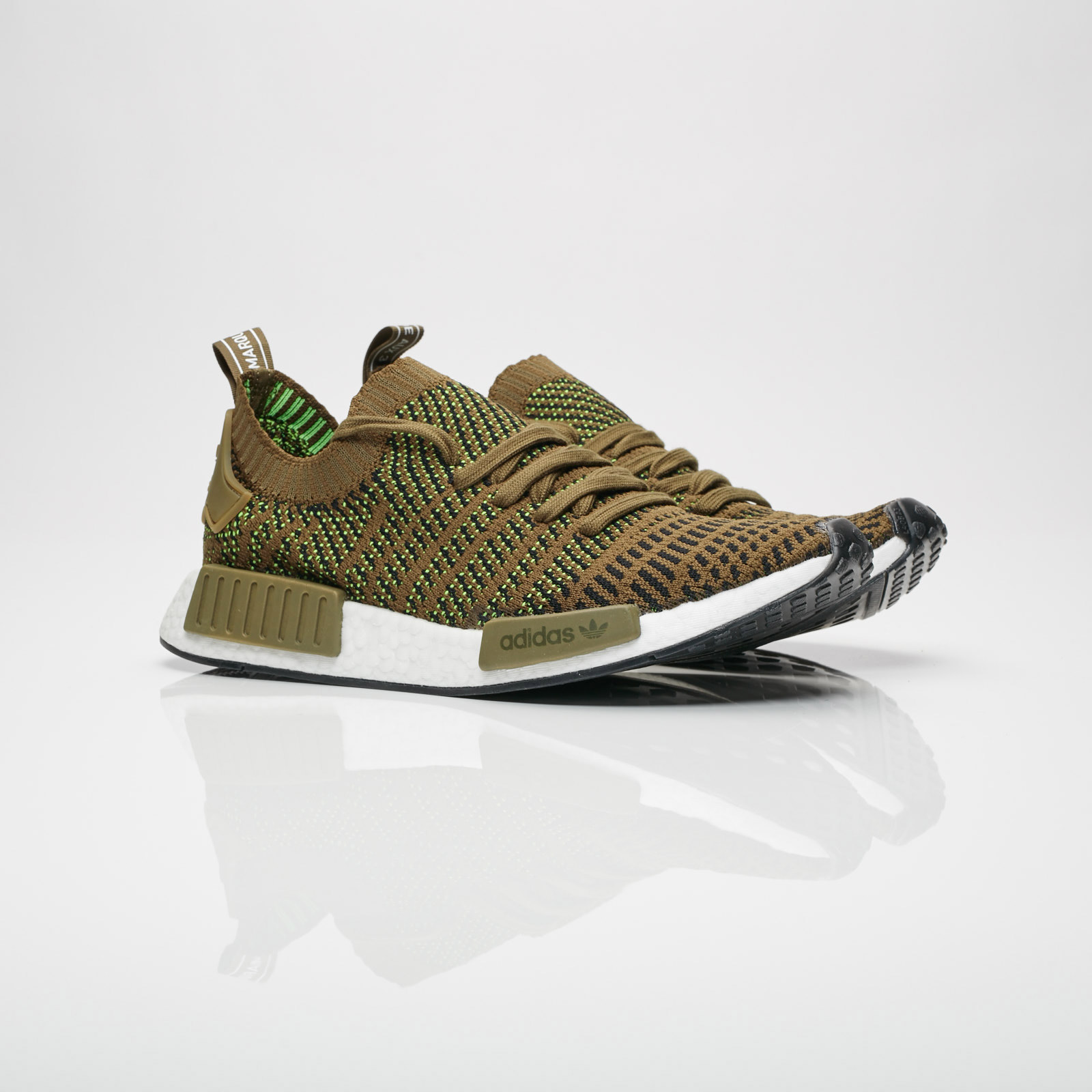 hot sale online 843e1 f8cc6 adidas Originals NMD R1 Stlt PK
