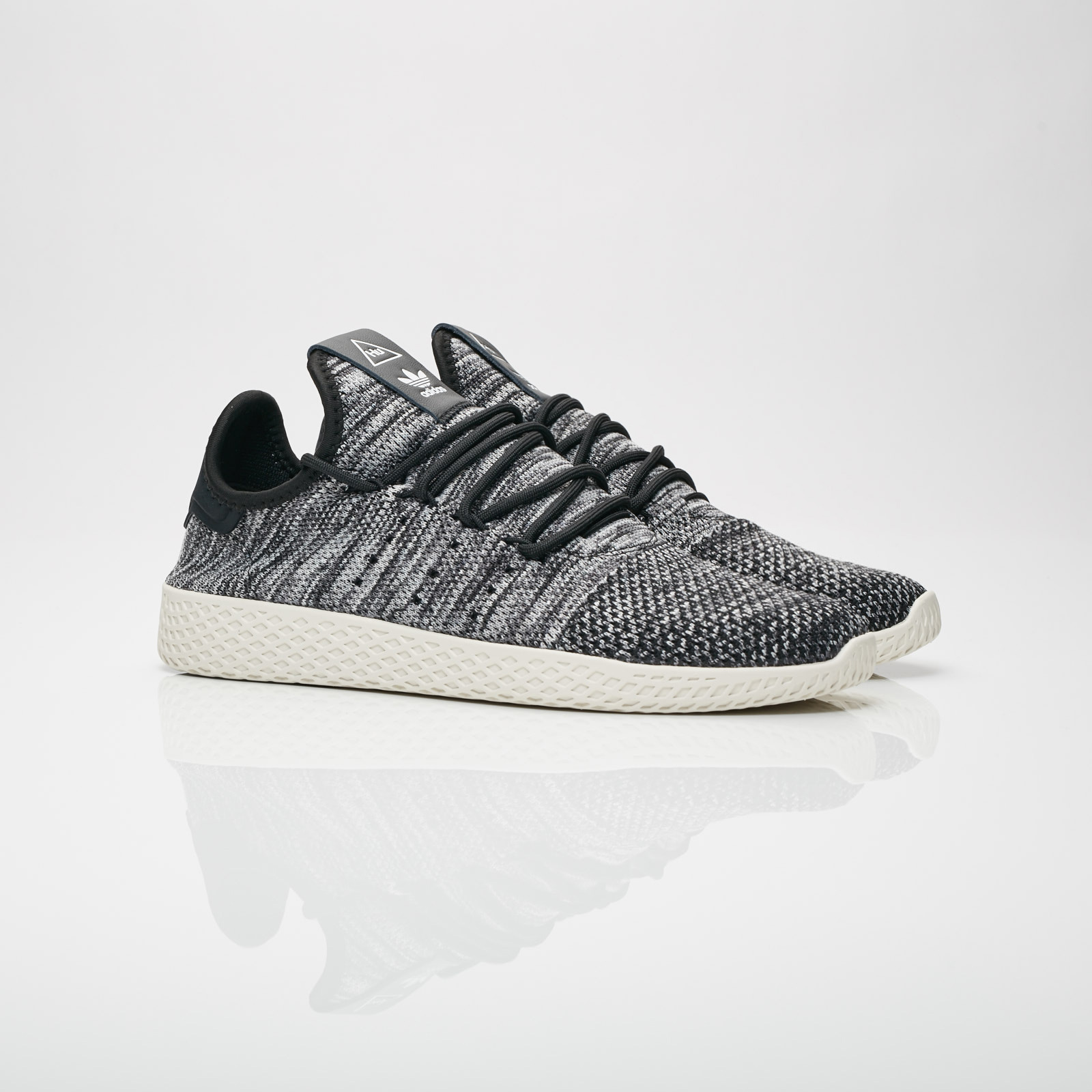 b92b9f788a76a adidas Pharrell Williams Tennis HU PK - Cq2630 - Sneakersnstuff ...