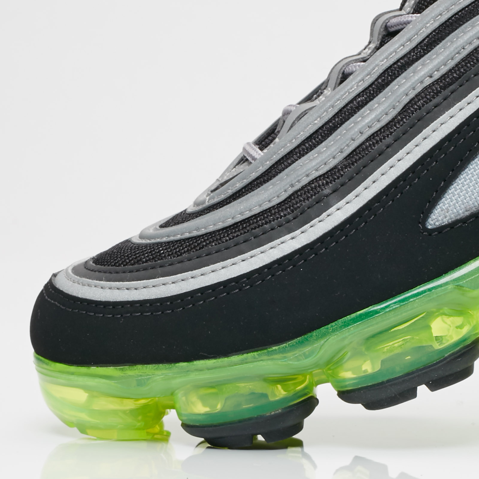 Nike Air VaporMax 97 - Aj7291-001 - Sneakersnstuff  881f71e30