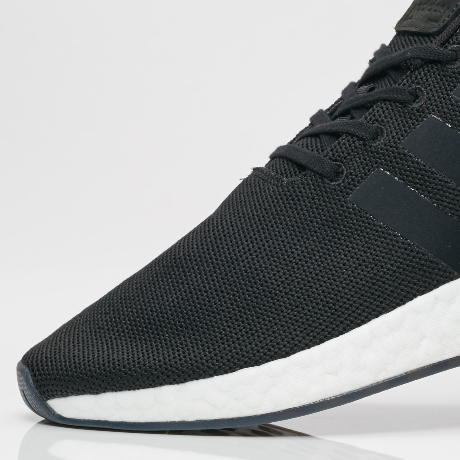 outlet store 9a07e ab85b adidas NMD R2 - Cq2402 - Sneakersnstuff | sneakers ...