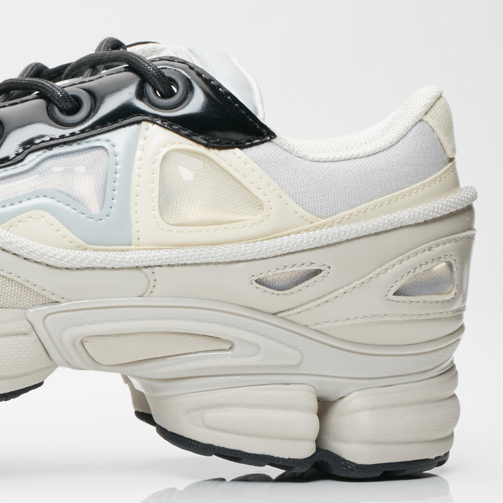 buy online 5eaea 113e5 ... adidas x Raf Simons Raf Simons Ozweego III