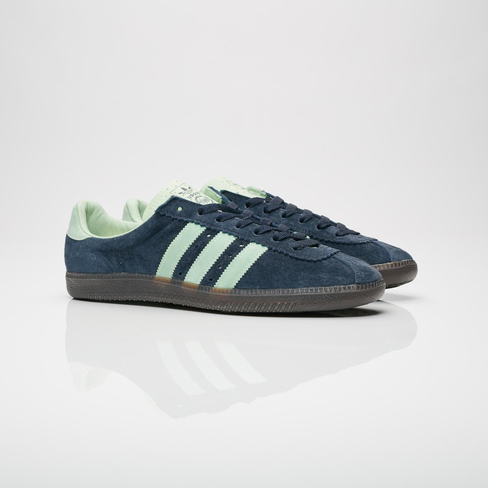 mareado Oponerse a Rayo  adidas Padiham - Ac7747 - Sneakersnstuff   sneakers & streetwear online  since 1999