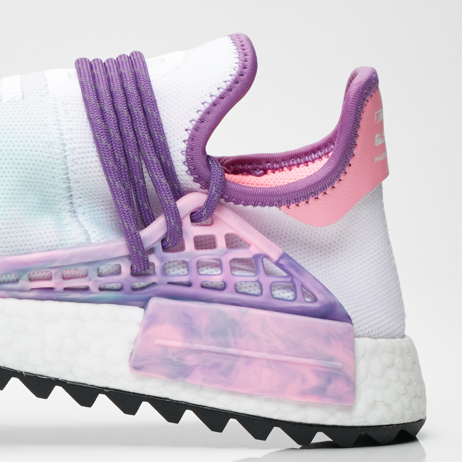 the latest 5efa7 617ce ... adidas by Pharrell Williams Pharrell Williams HU Holi NMD MC ...
