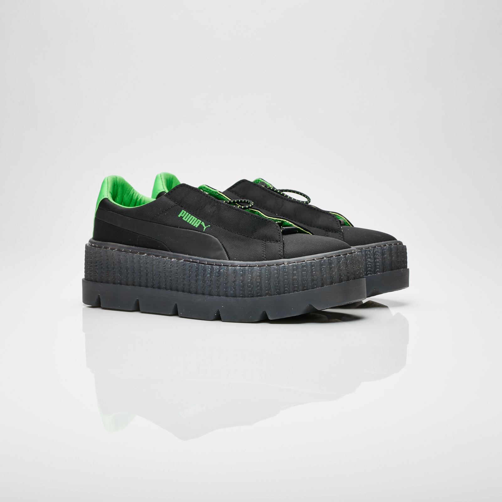d2014c4c5cfd4c Puma Cleated Creeper Surf WNS - 367681-03 - Sneakersnstuff ...