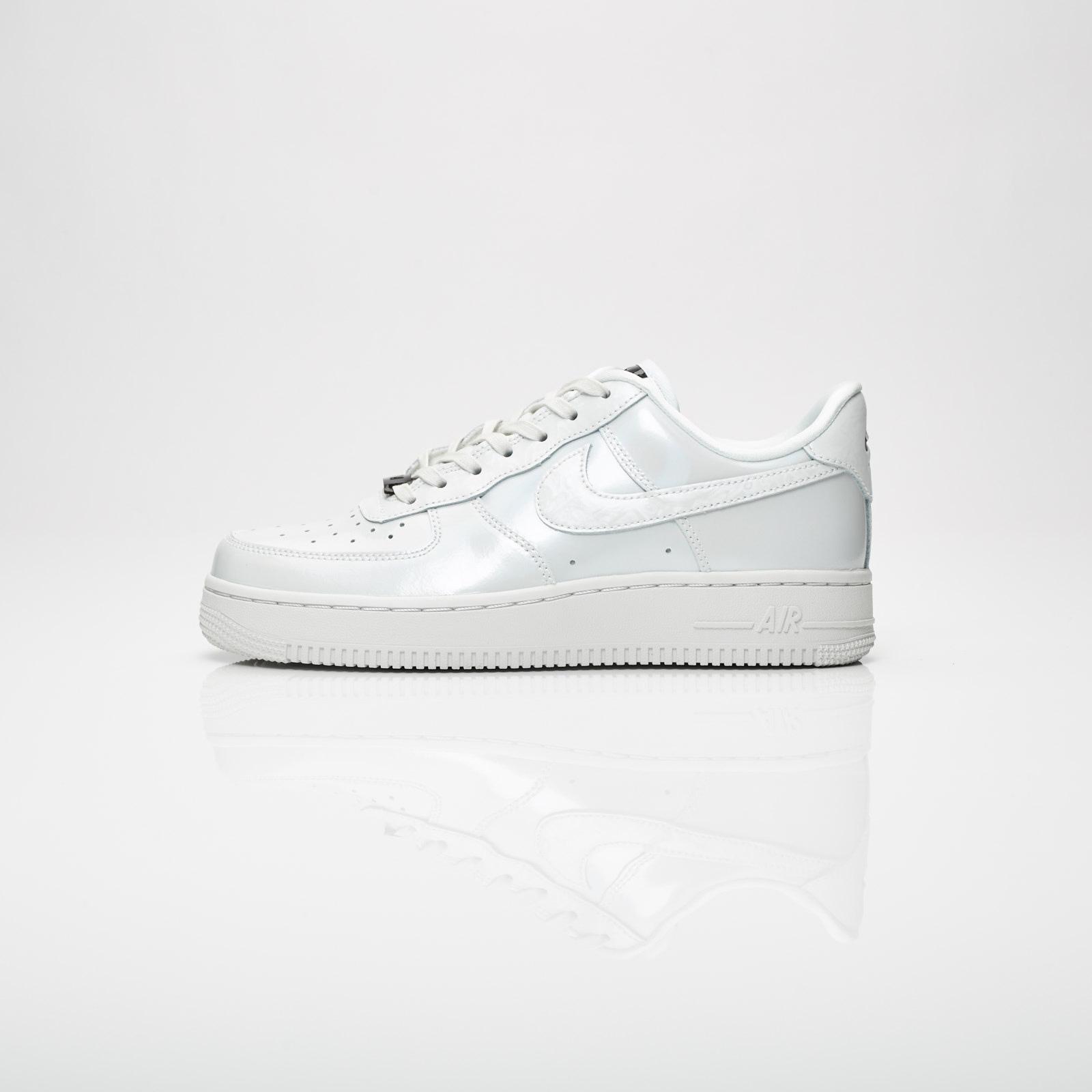 Nike Wmns Air Force 1 07 LX 898889 100 Sneakersnstuff