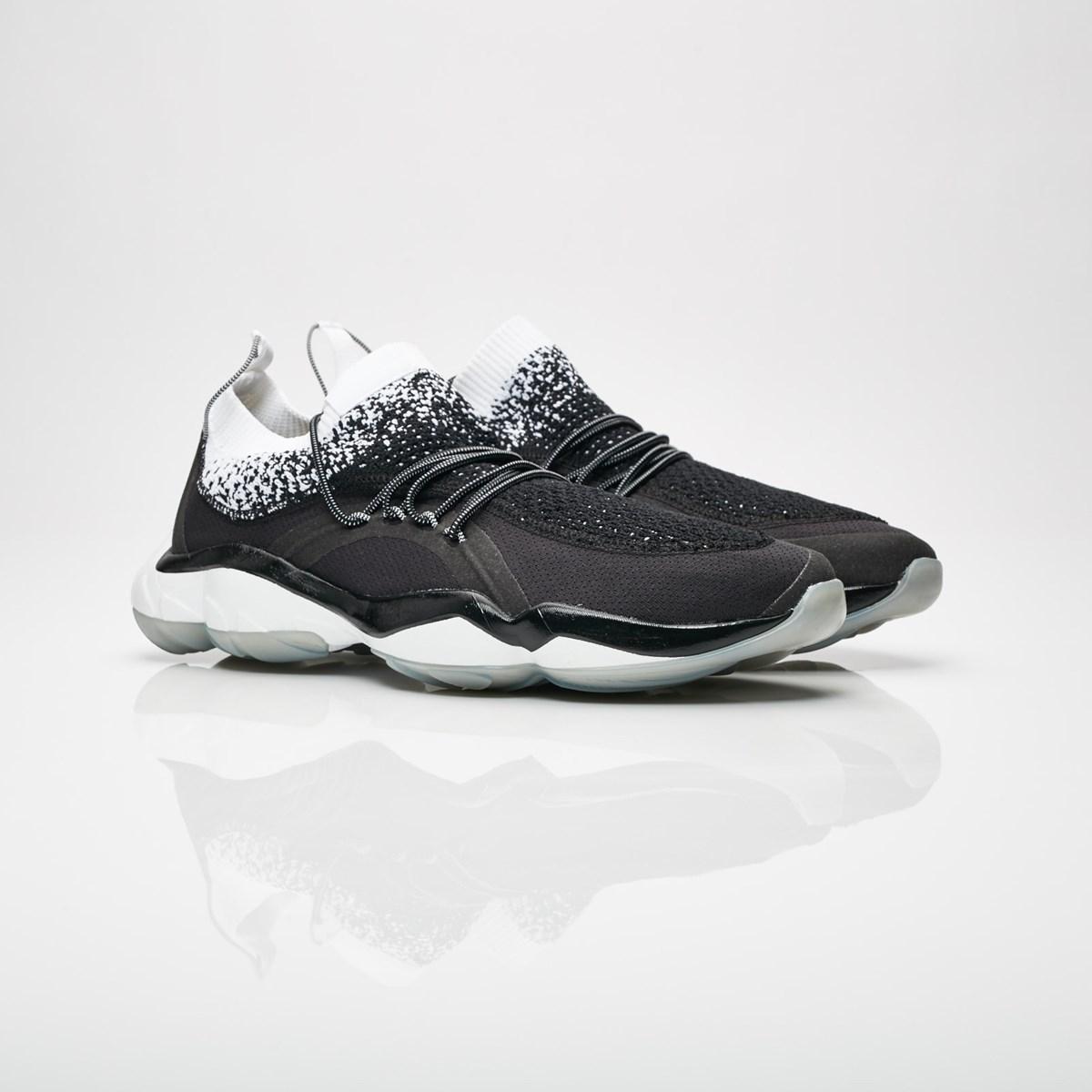 reebok dmx fusion hc cm9625 sneakers   streetwear på nätet sen 1999.  SNEAKERSNSTUFF 1a098dfb3