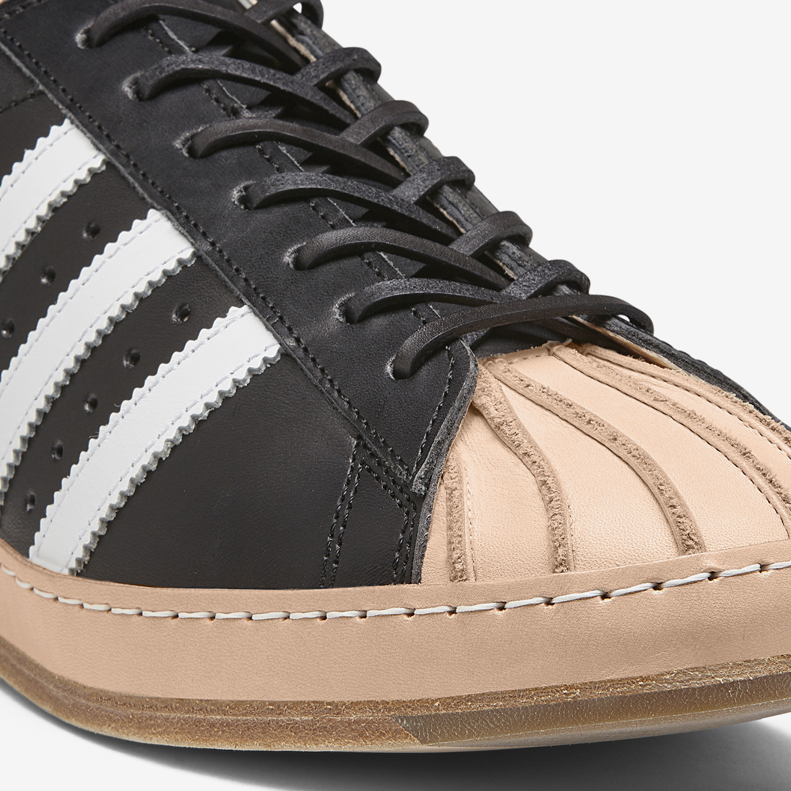 newest 78b0c 8a209 ... adidas Consortium Hender Scheme Superstar ...