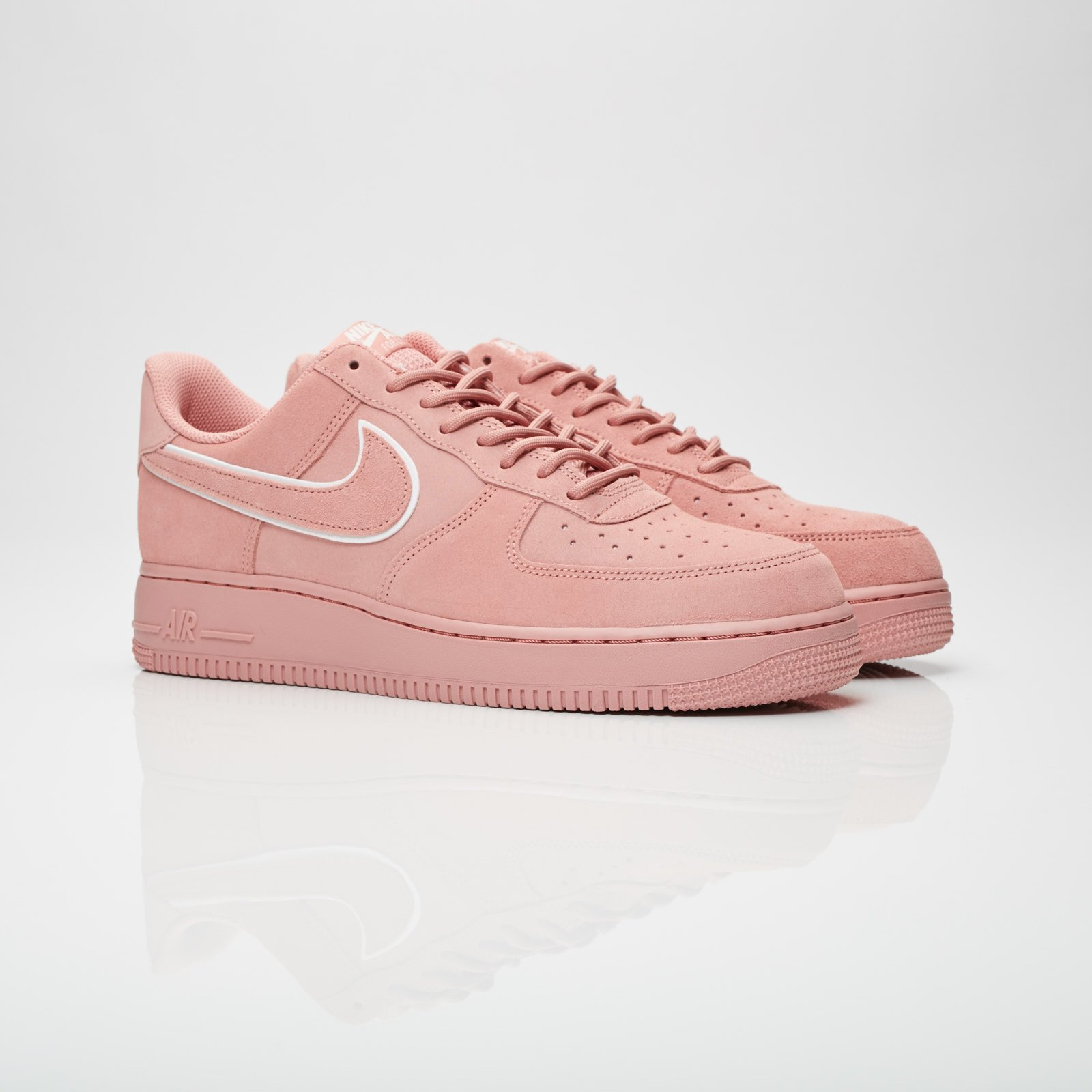 9be3c88d485f Nike Air Force 1 07 lv8 Suede - Aa1117-601 - Sneakersnstuff ...