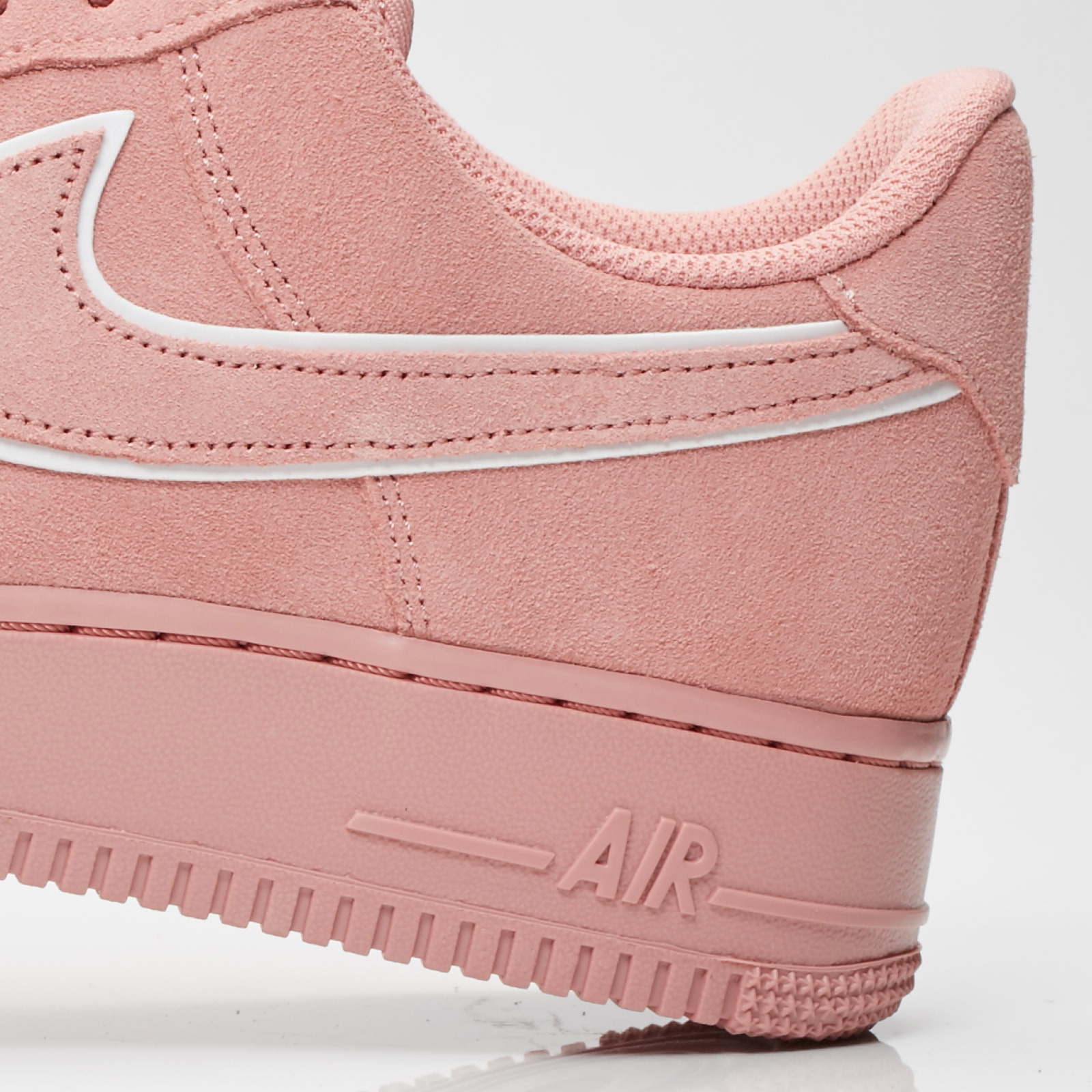 fc57e38c9177a Nike Air Force 1 07 lv8 Suede - Aa1117-601 - Sneakersnstuff ...