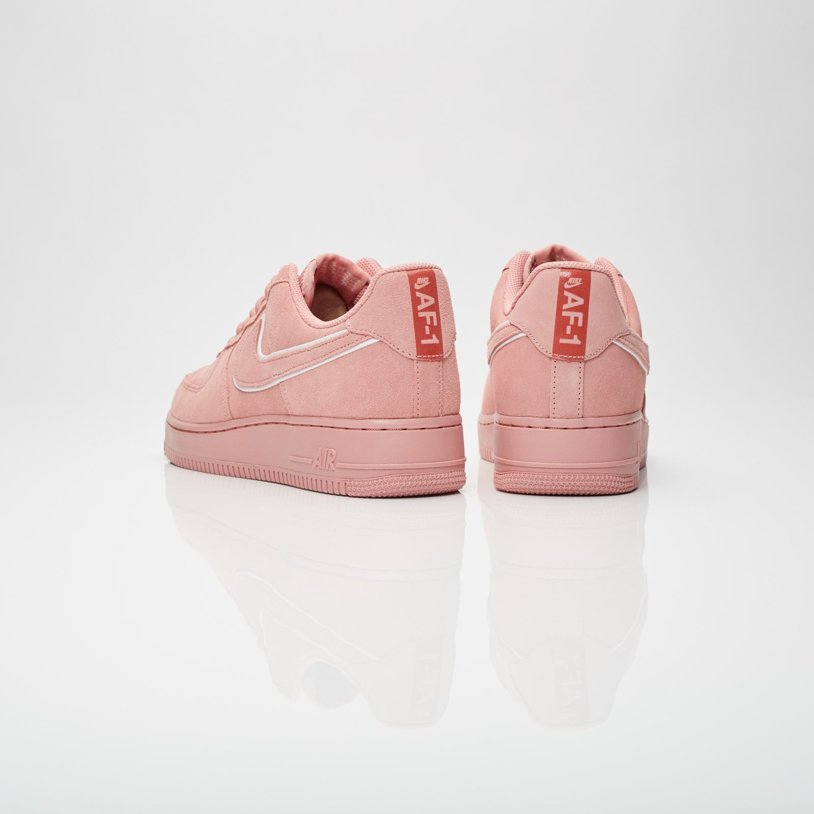 Nike Air Force 1 07 lv8 Suede - Aa1117-601 - Sneakersnstuff ... d28fd963d