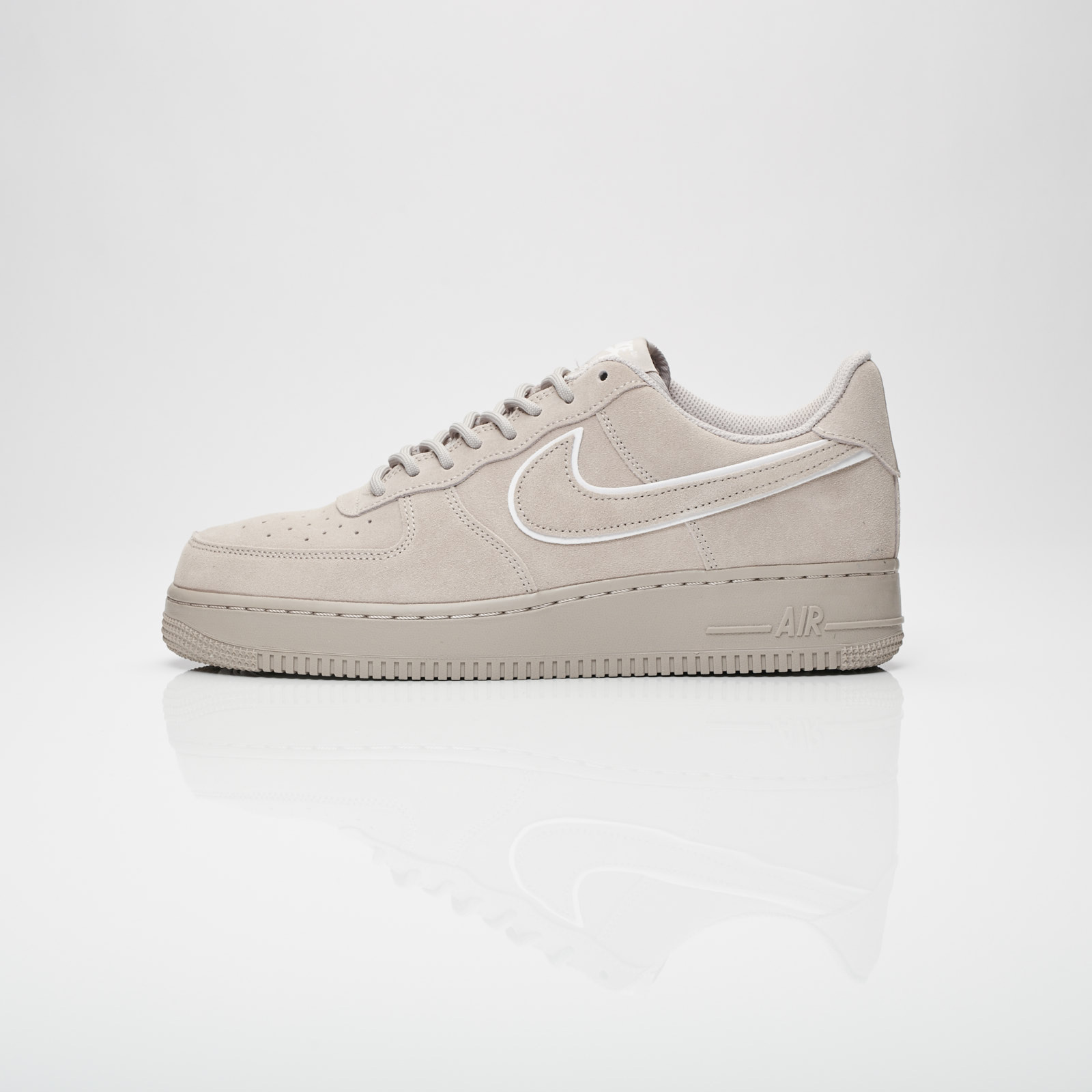 new styles cae2c e443b Nike Air Force 1 07 lv8 Suede - Aa1117-201 - Sneakersnstuff   sneakers    streetwear online since 1999