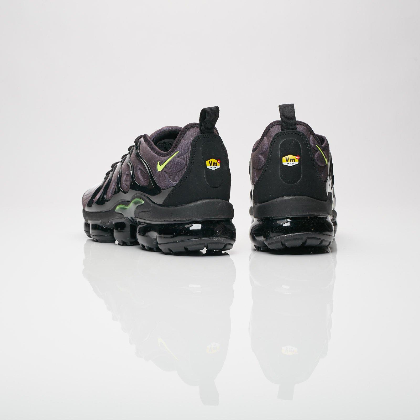 2898909eab Nike Air Vapormax Plus - 924453-009 - Sneakersnstuff | sneakers &  streetwear online since 1999