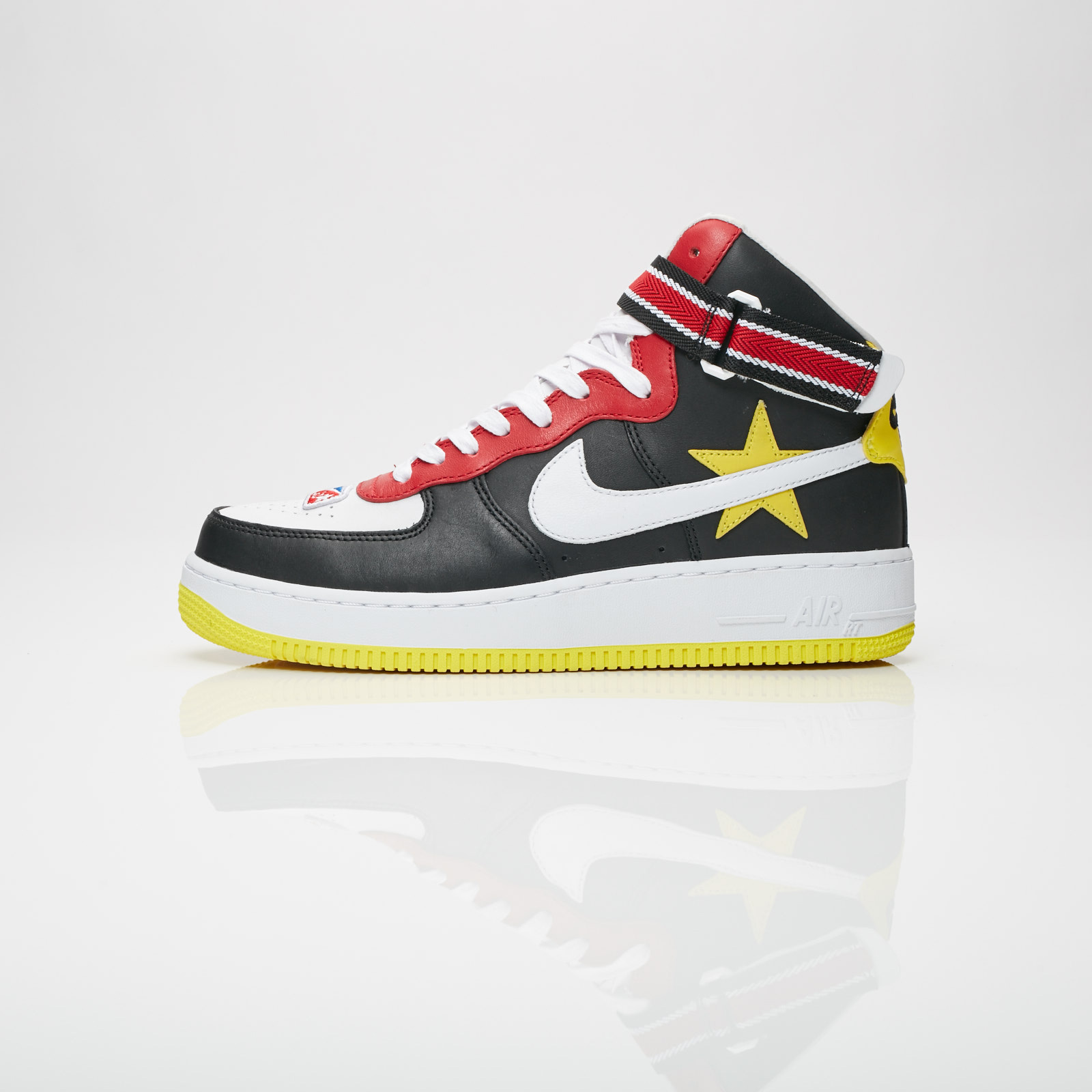on sale e2343 2f2d2 Nike Air Force 1 Hi x Riccardo Tisci - Aq3366-600 - Sneakersnstuff ...