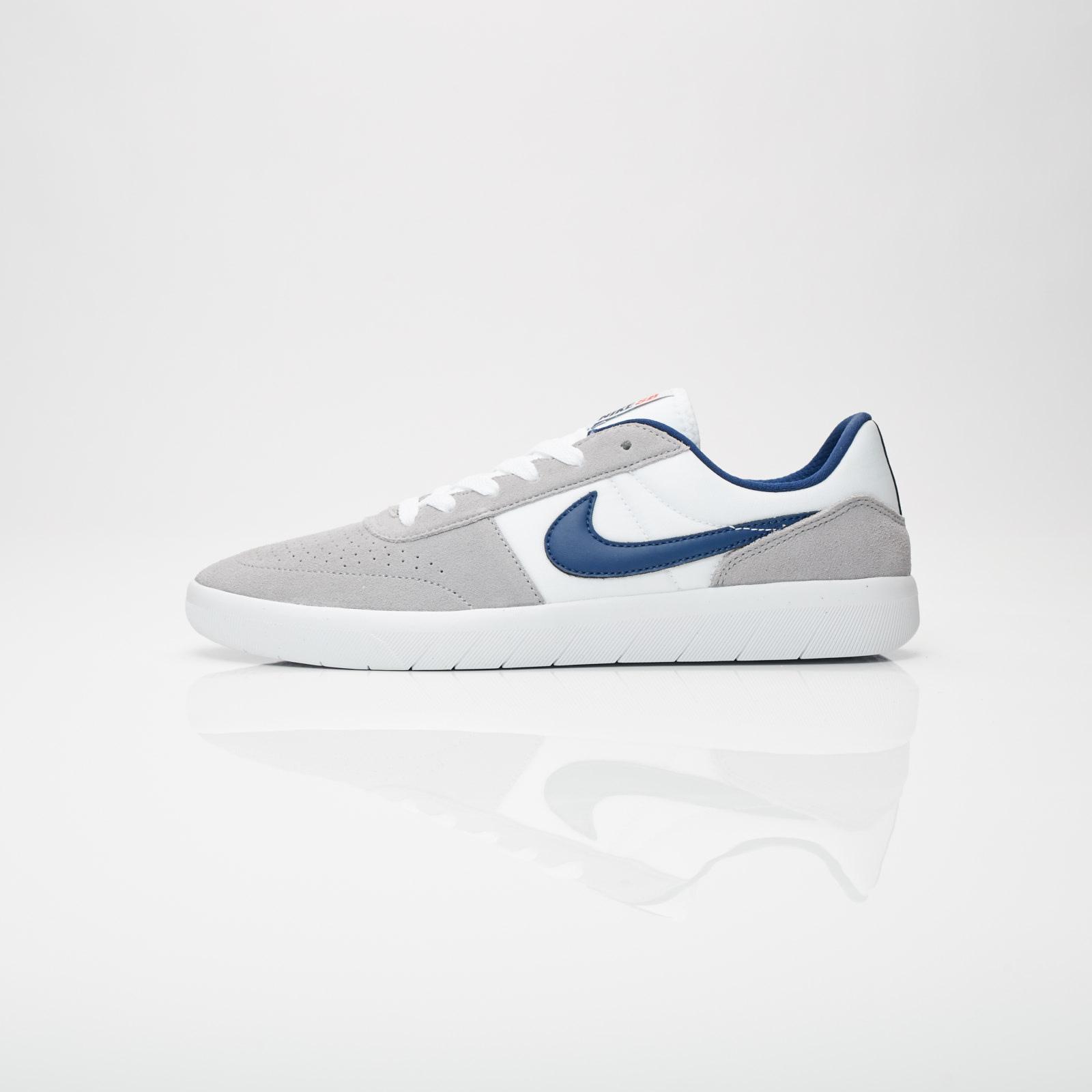49a861b263848 Nike Team Classic - Ah3360-002 - Sneakersnstuff | sneakers & streetwear  online since 1999