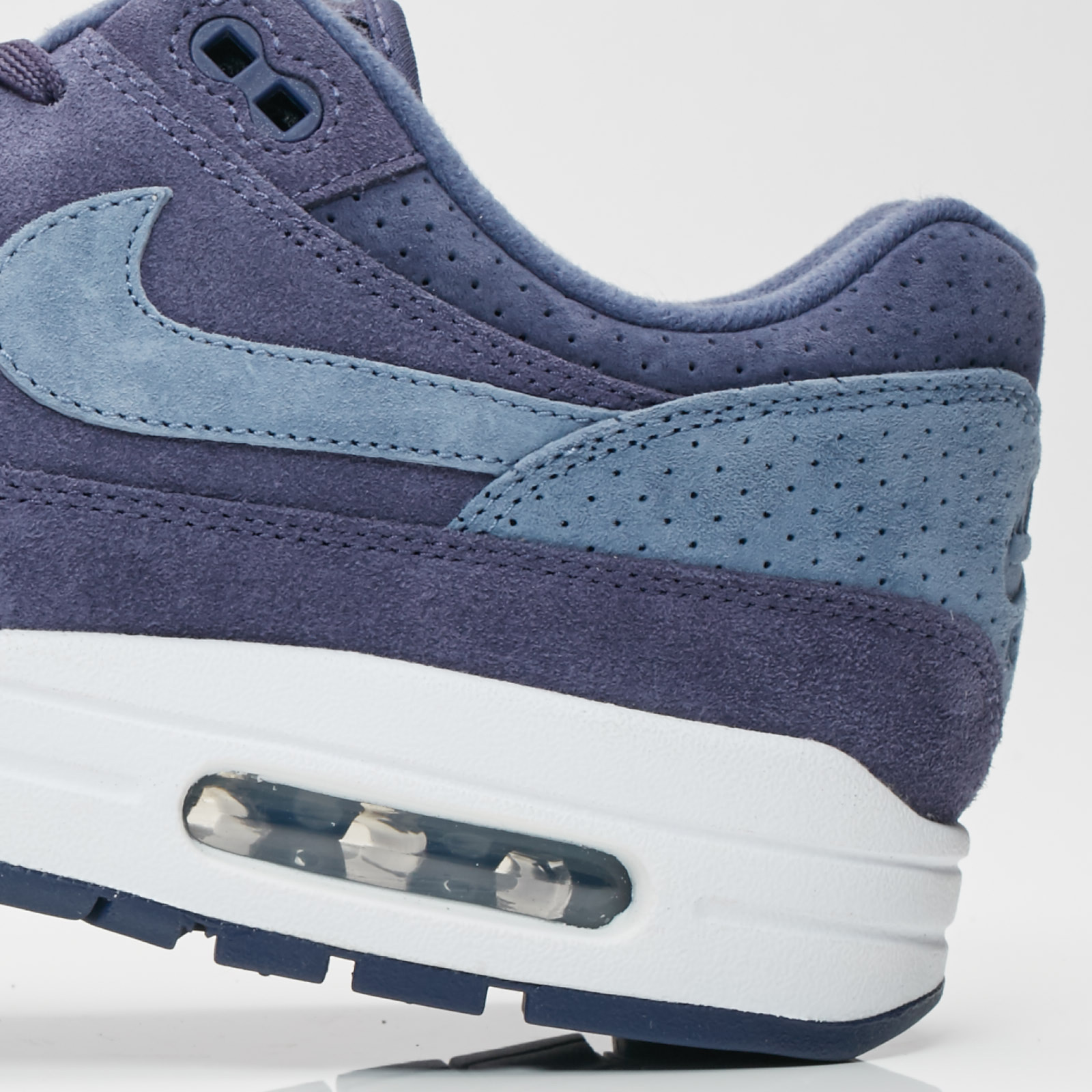 buy online c4965 da136 Nike Sportswear Air Max 1 Premium - 6. Close