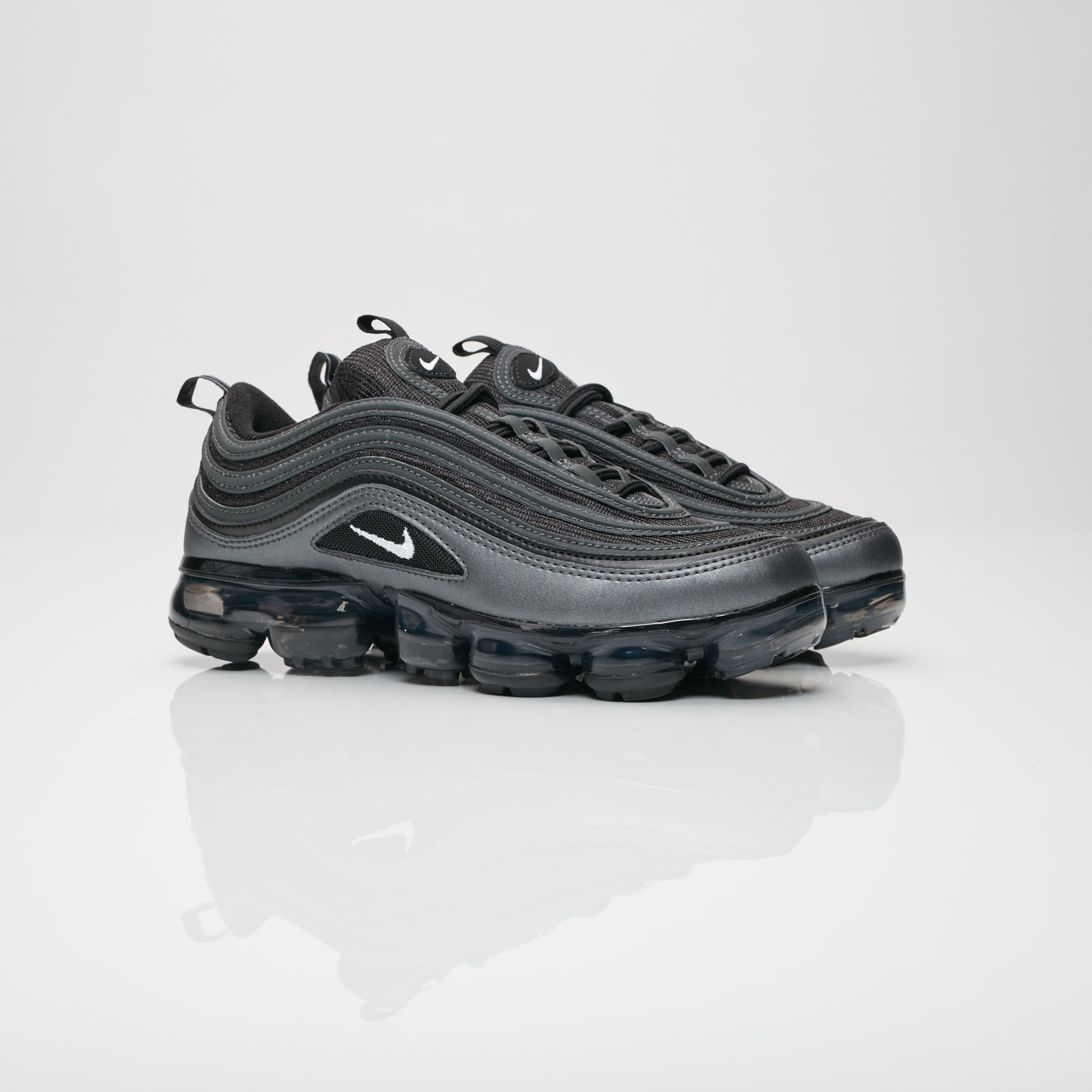air vapormax 97 black