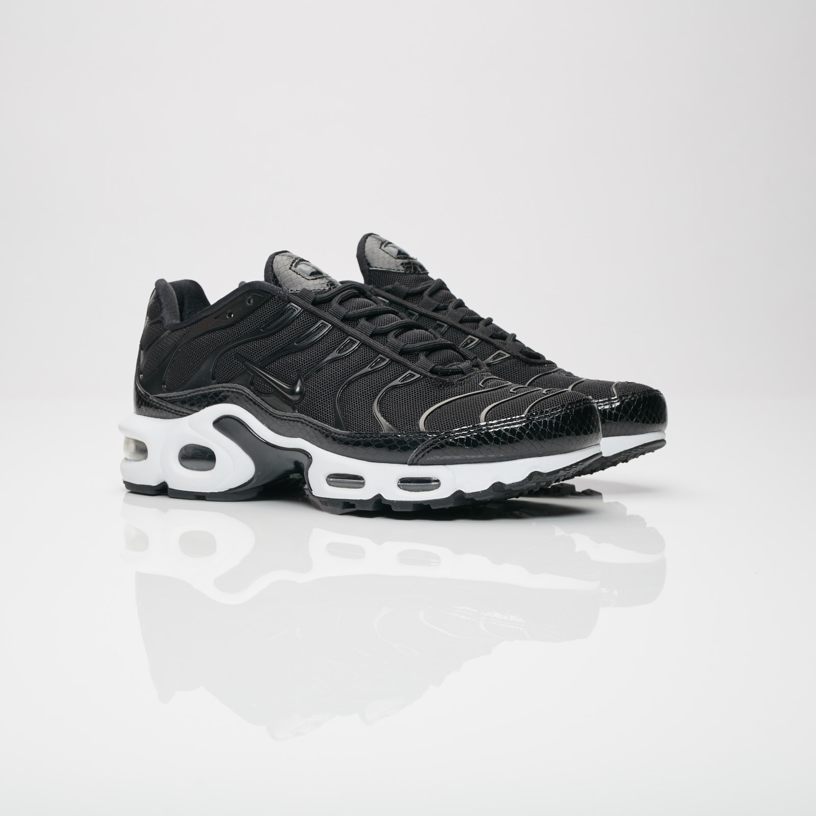 adbc2a76eb Nike Wmns Air Max Plus SE - 862201-004 - Sneakersnstuff | sneakers ...