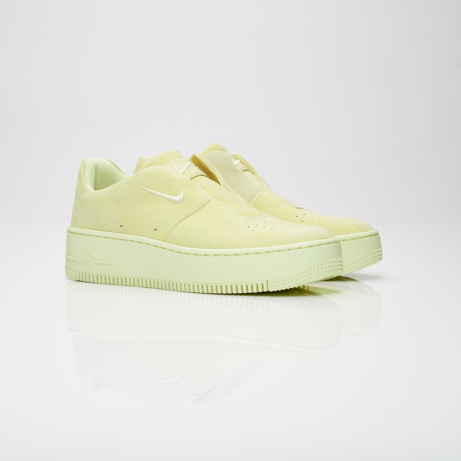 Nike Womens Air Force 1 Sage XX