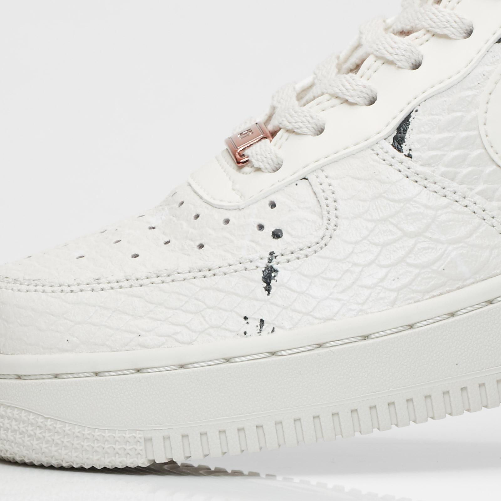 f8aa02fc7b6e Nike Wmns Air Force 1 07 LX - 898889-007 - Sneakersnstuff