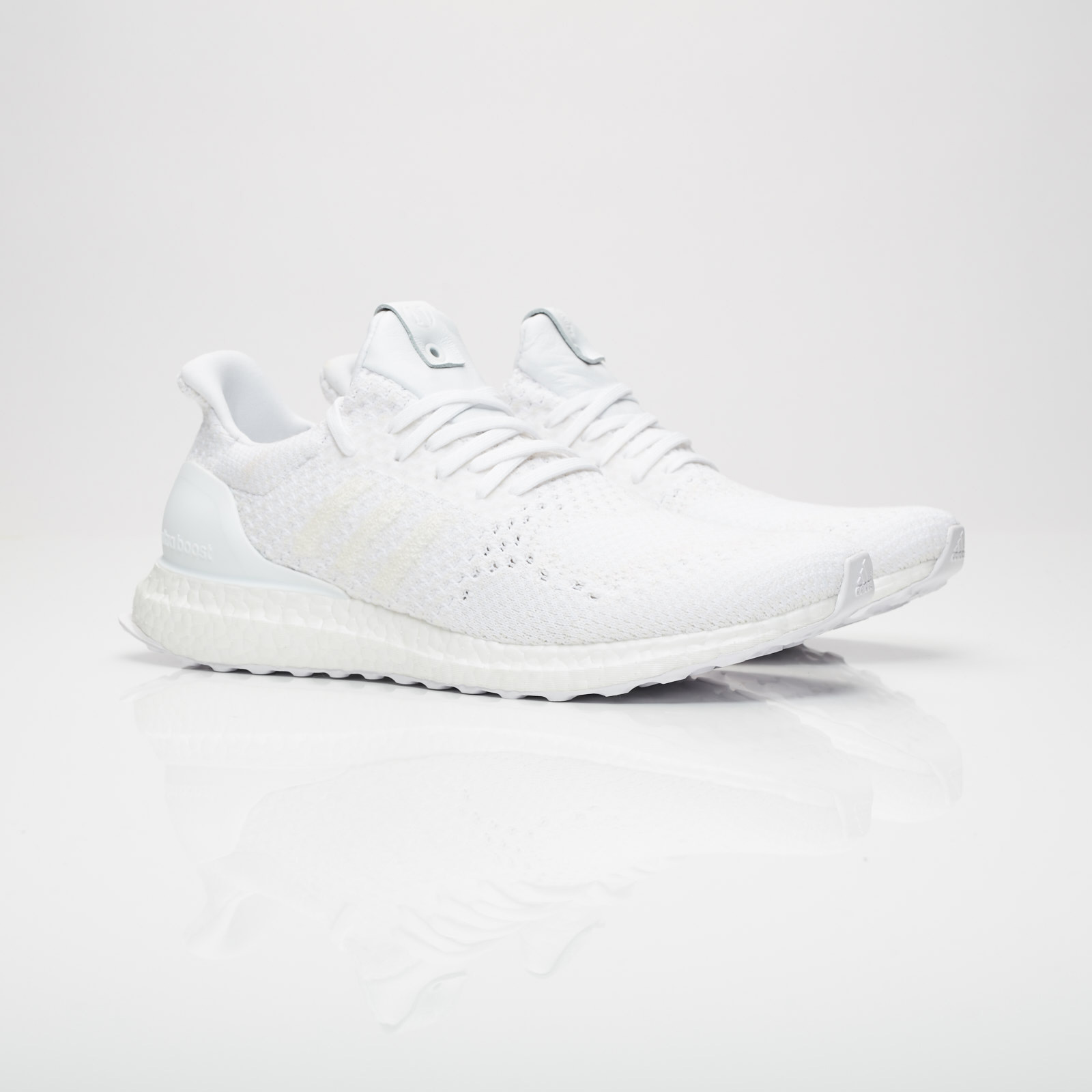 sports shoes 39c3c 4d50c adidas Consortium UltraBoost   A Ma Maniere x Invincible