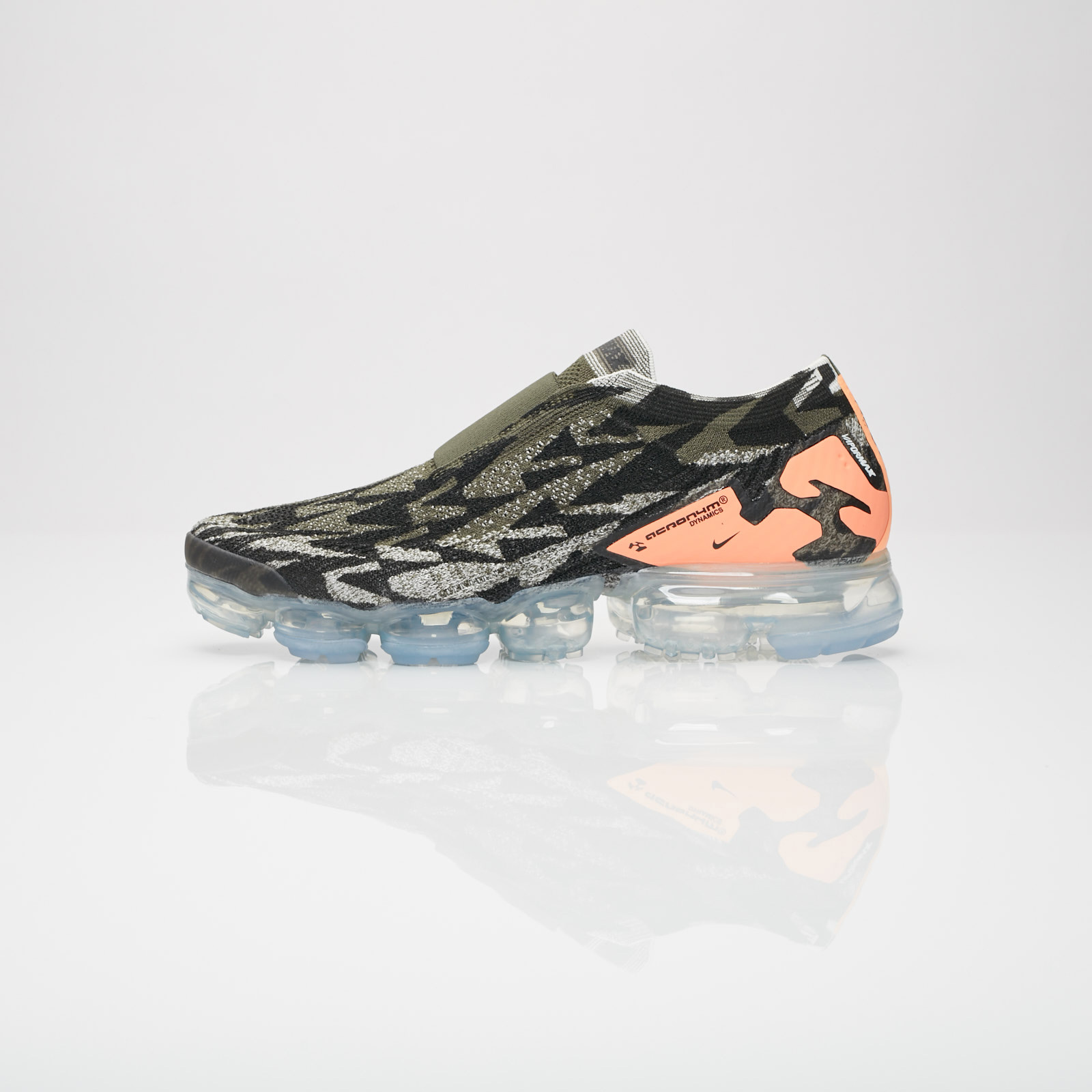 4818d3a486b Nike Air Vapormax FK Moc 2   Acronym - Aq0996-102 - Sneakersnstuff ...