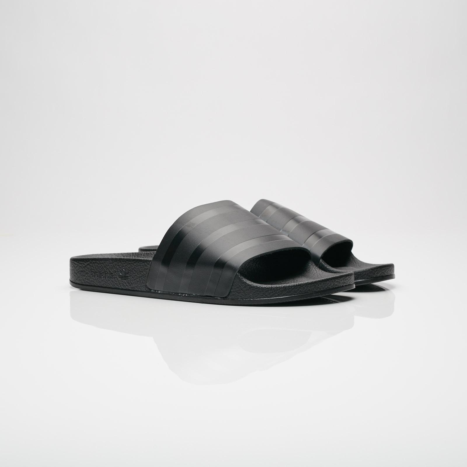 reputable site 18c4f 940ee adidas Originals Adilette