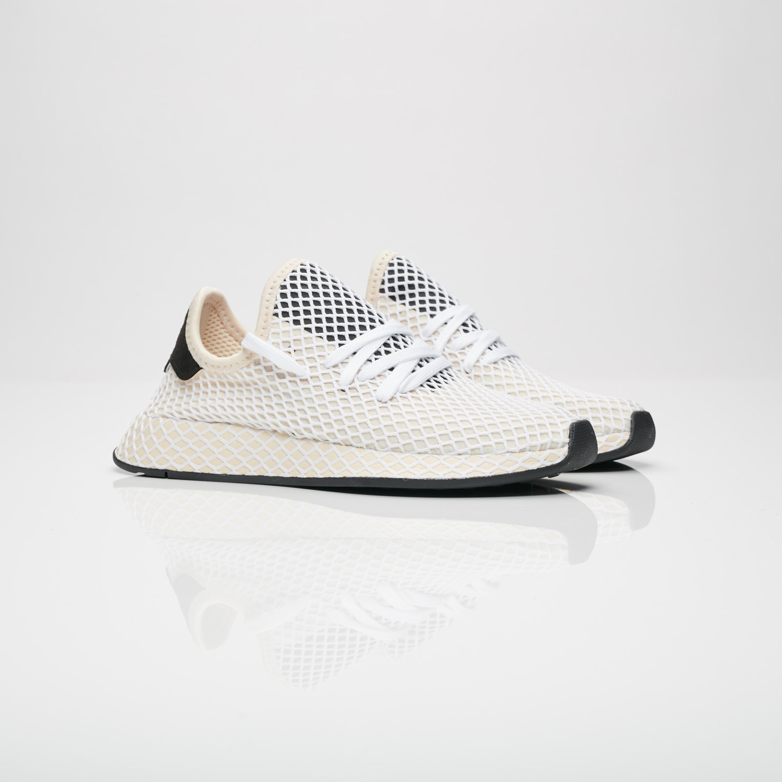 size 40 eef6d ad5bc adidas Originals Deerupt Runner W
