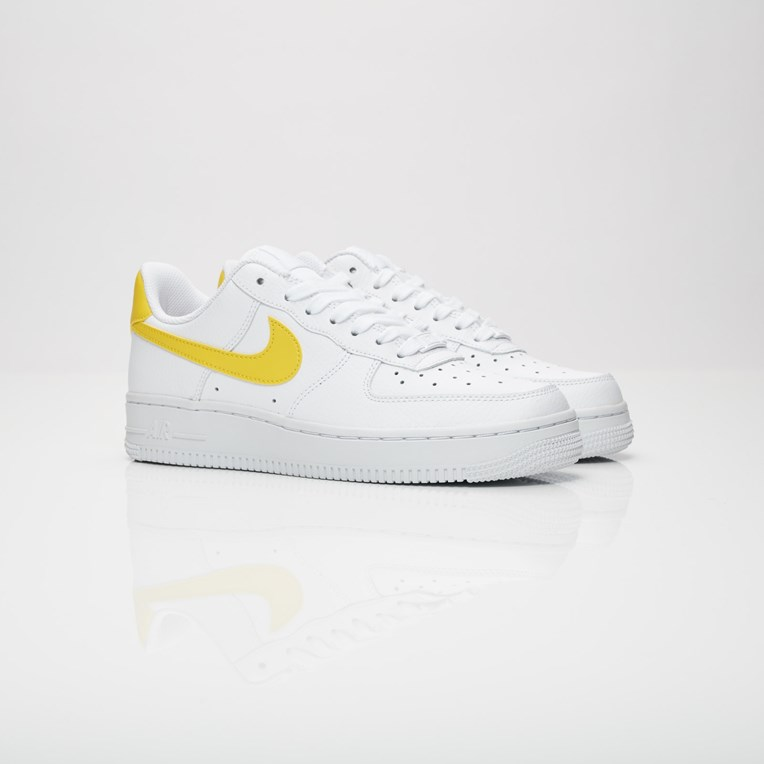 02d0588887593 Nike Wmns Air Force 1 07 - 315115-150 - Sneakersnstuff | sneakers ...