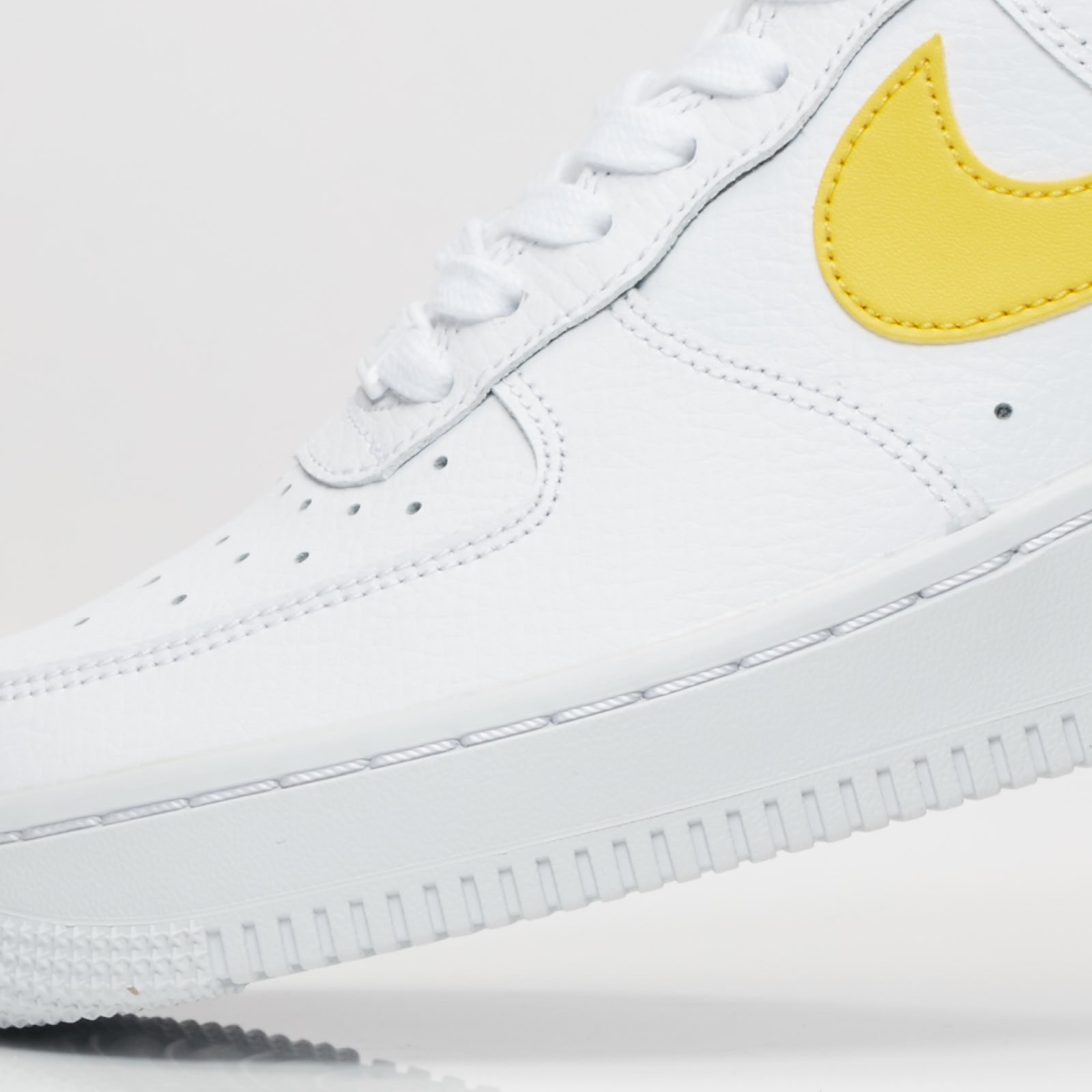 quality design 6ec95 e28f2 ... Nike Sportswear Wmns Air Force 1 07 ...
