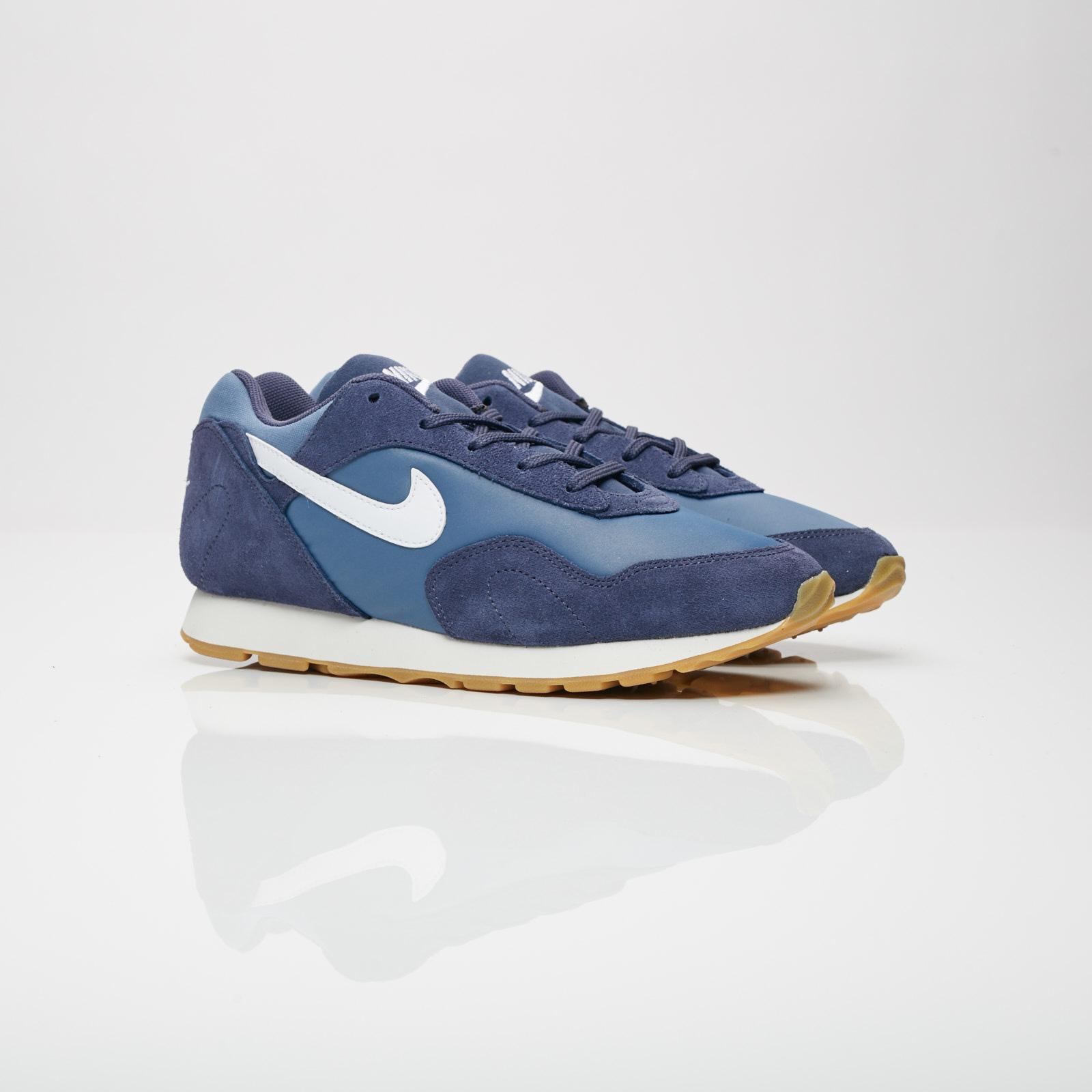 new products f0391 eff22 Nike Sportswear W Outburst